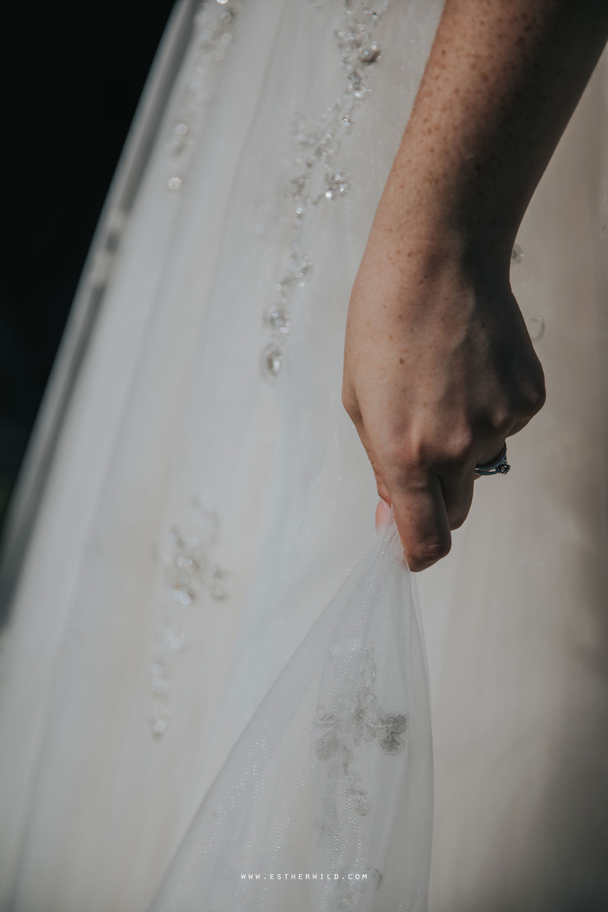 Lynford_Hall_Wedding_Thetford_Mundford_Esther_Wild_Photographer_IMG_1783.jpg