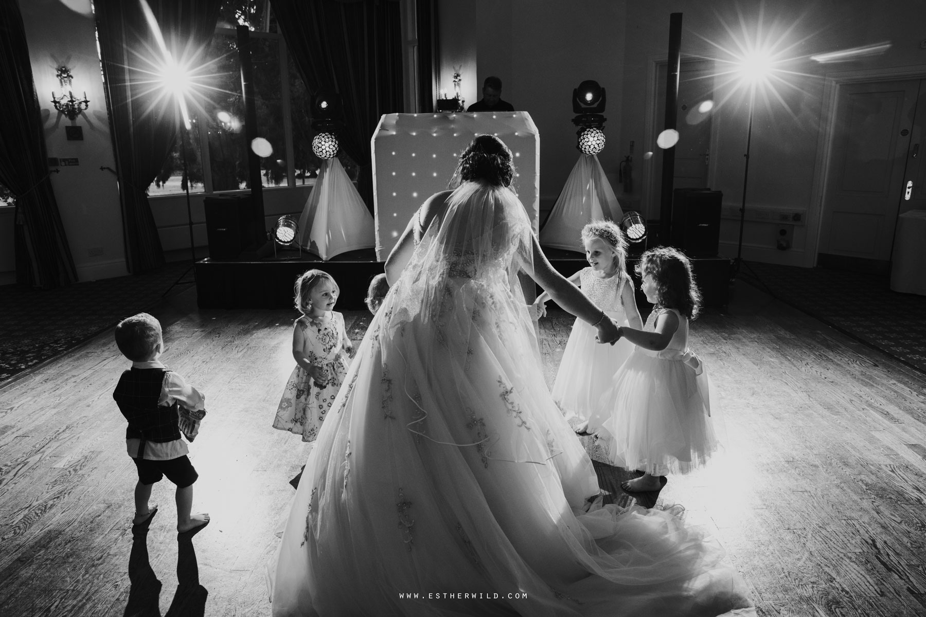 Lynford_Hall_Wedding_Thetford_Mundford_Esther_Wild_Photographer_IMG_3224.jpg