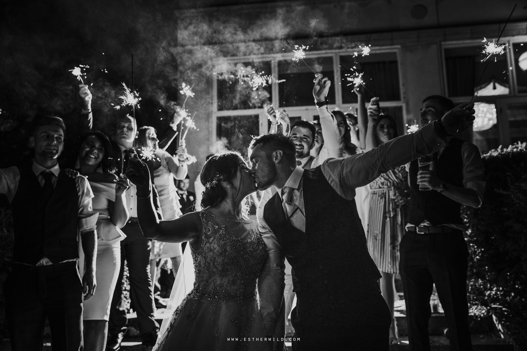 Lynford_Hall_Wedding_Thetford_Mundford_Esther_Wild_Photographer_IMG_3843.jpg
