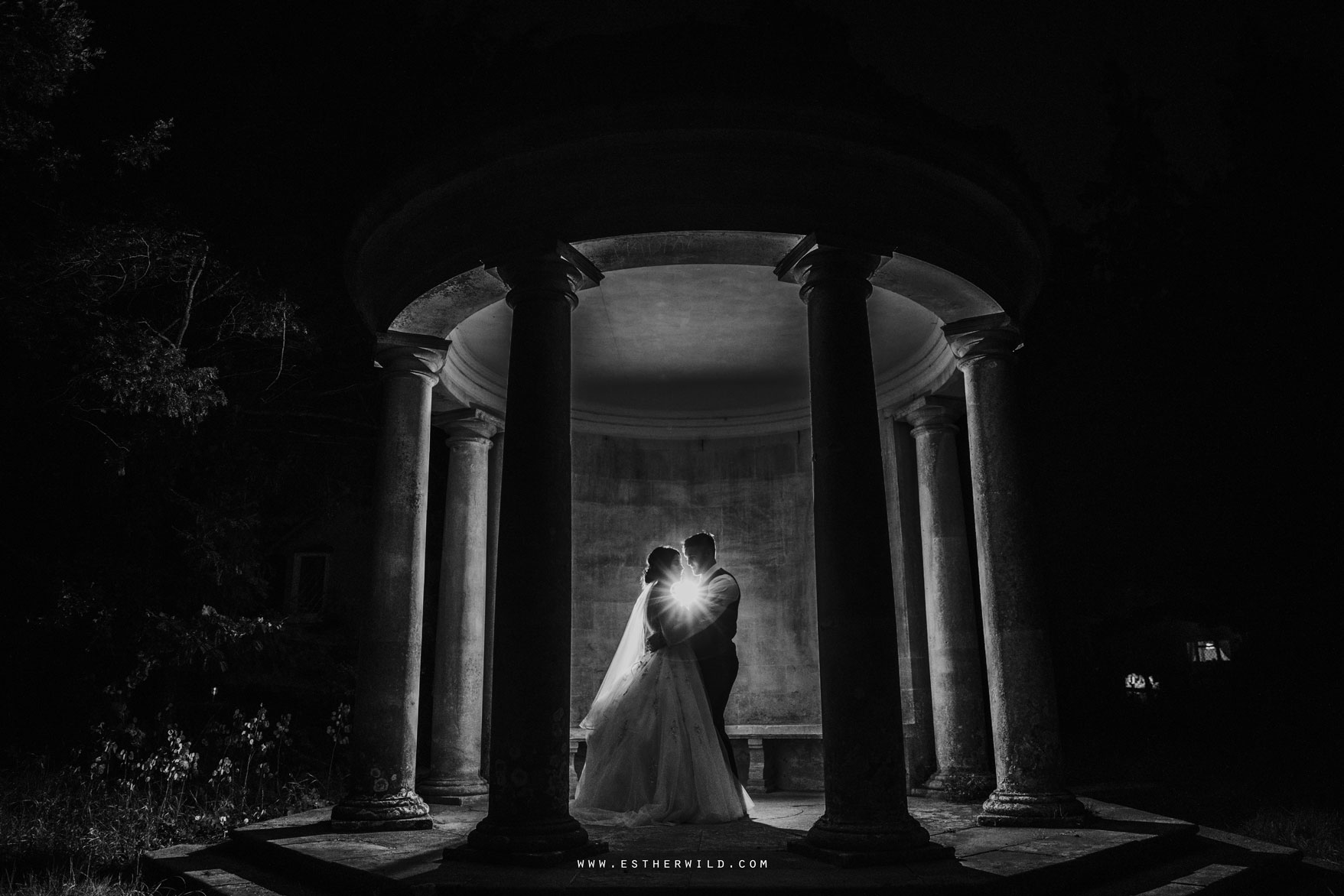 Lynford_Hall_Wedding_Thetford_Mundford_Esther_Wild_Photographer_IMG_3914.jpg