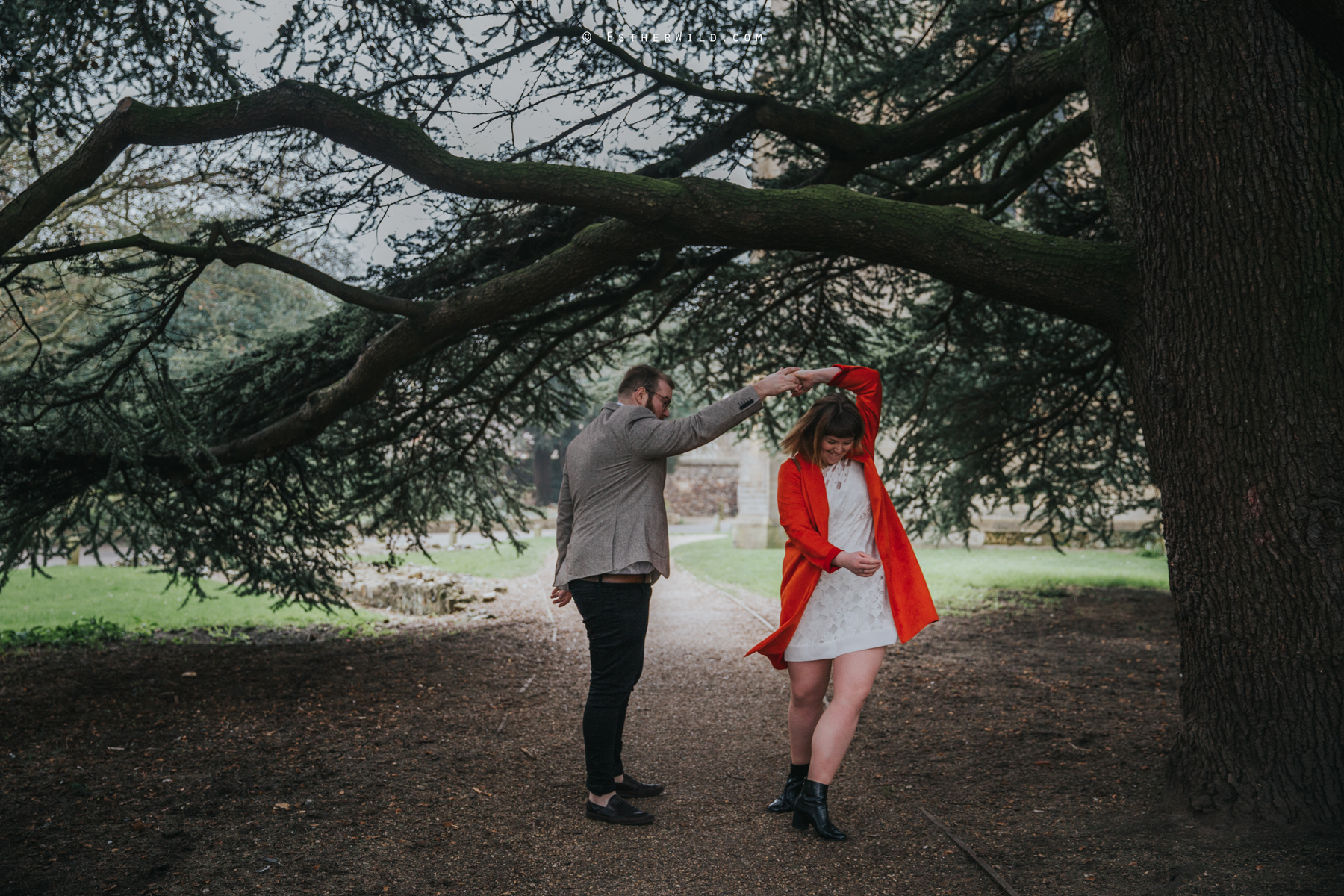Norwich_Cathedral_Photo_Session_Engagement_Love_Pre-Wedding_IMG_3402.jpg