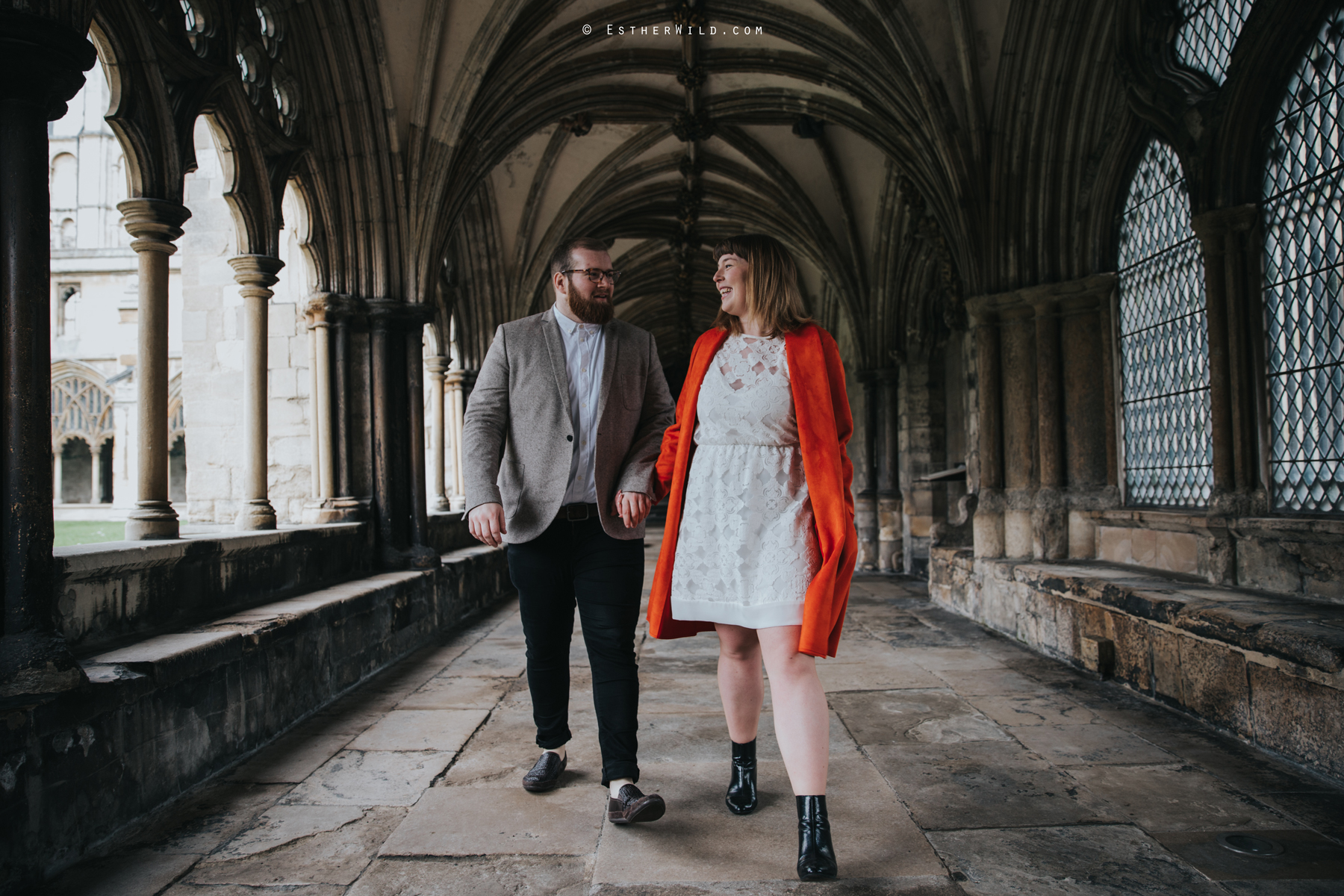 Norwich_Cathedral_Photo_Session_Engagement_Love_Pre-Wedding_IMG_3484.jpg