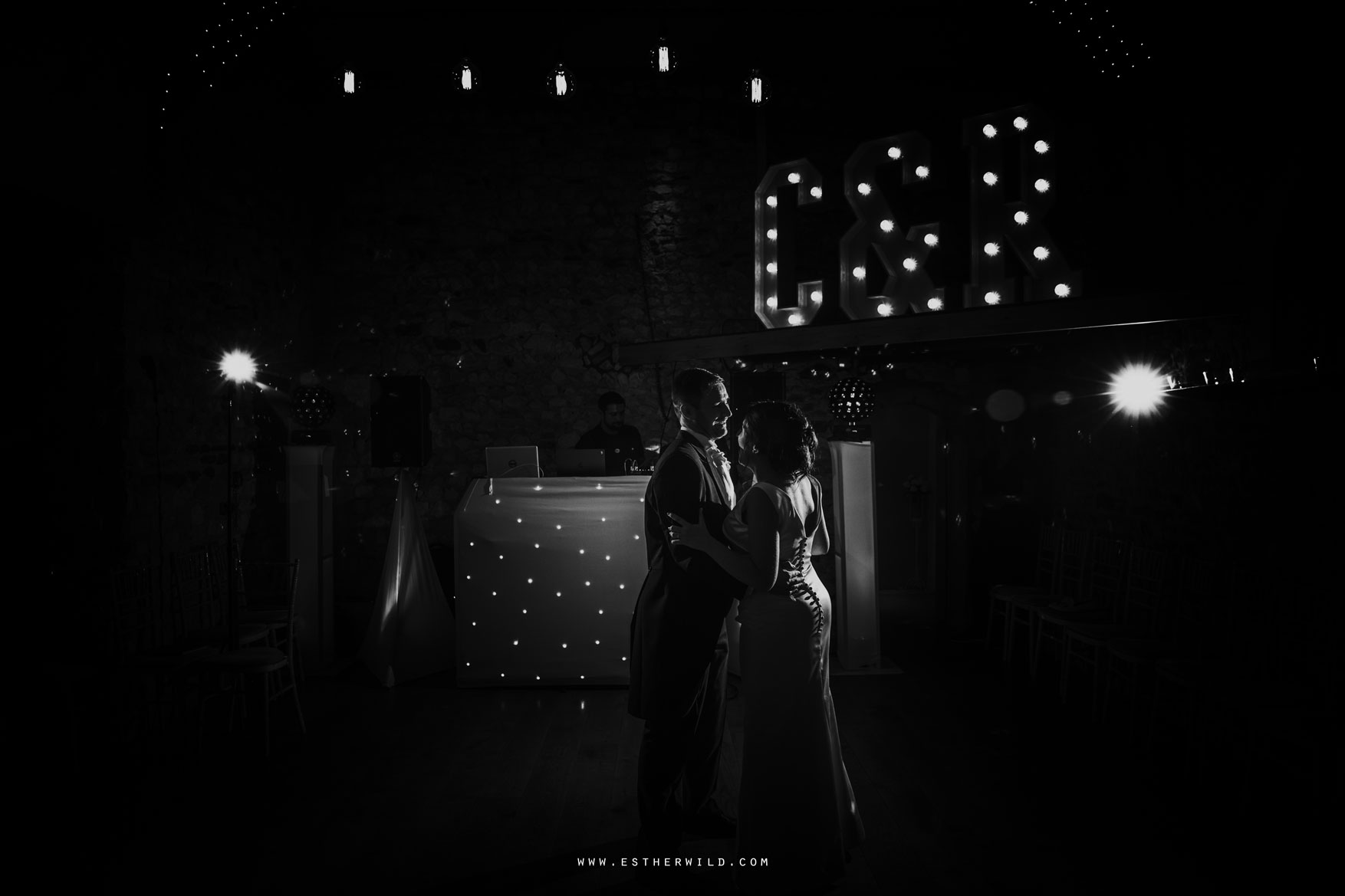 IMG_2269-2_Pentney_Abbey_Wedding_Norfolk.jpg