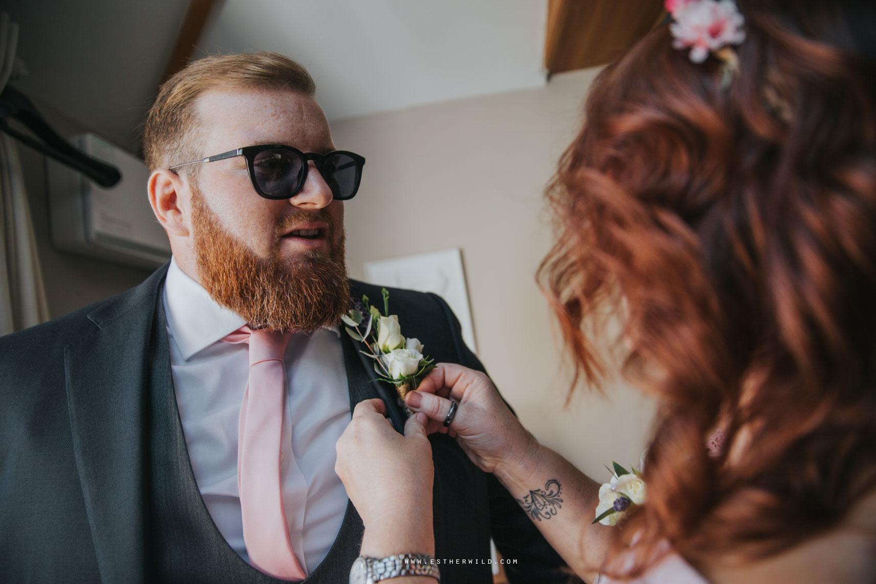 Cromer_Wedding_Beach_Outdoor_Ceremony_Norfolk_North_Lodge_Registry_Office_Rocket_House_Cafe_Cromer_Pier_IMG_3420_IMGL7633.jpg