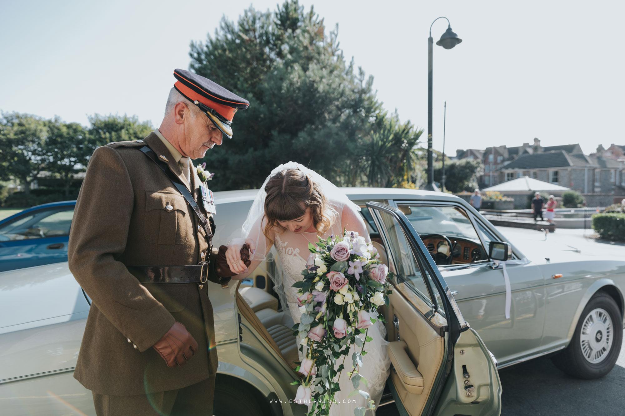 Cromer_Wedding_Beach_Outdoor_Ceremony_Norfolk_North_Lodge_Registry_Office_Rocket_House_Cafe_Cromer_Pier_IMG_3563.jpg