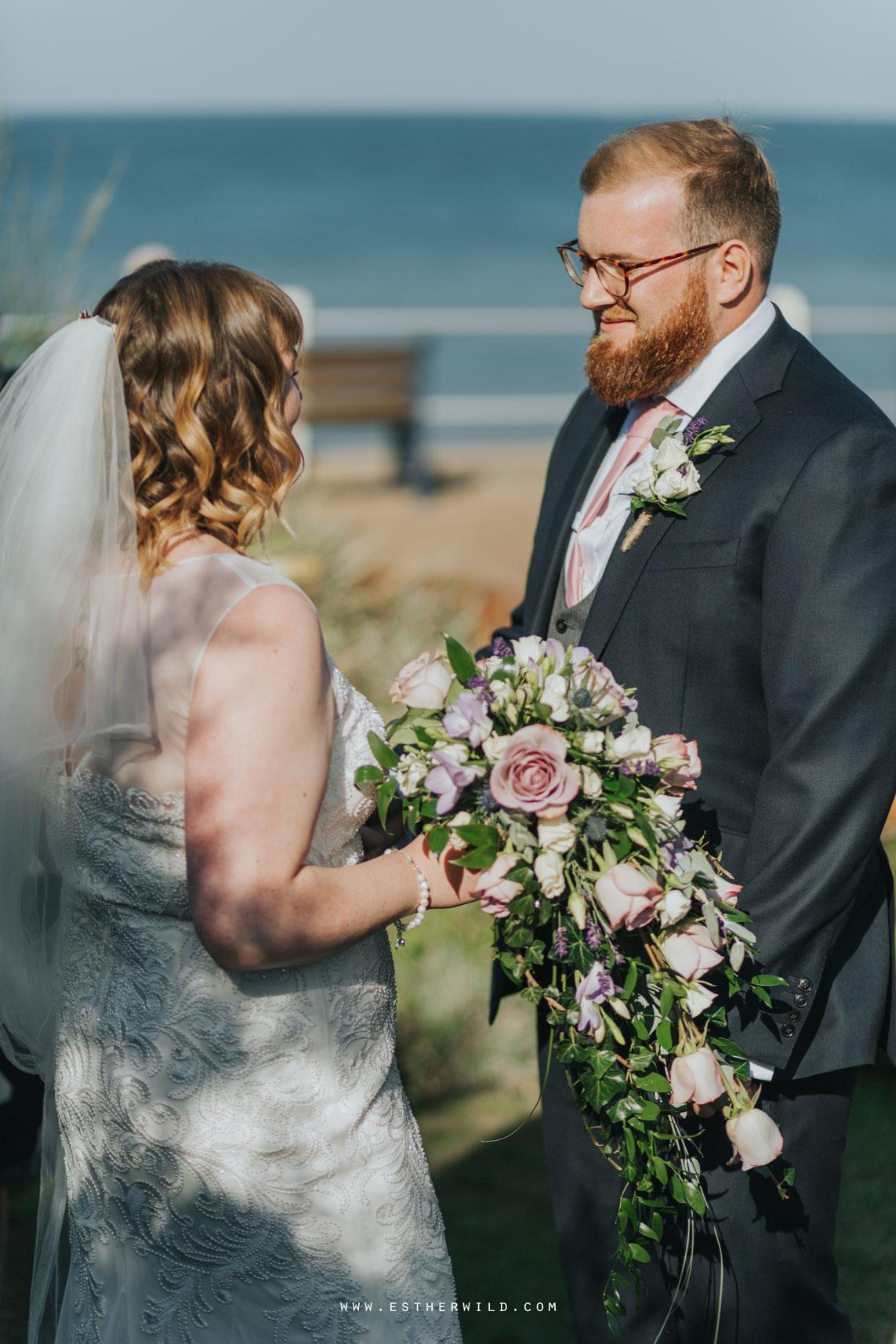 Cromer_Wedding_Beach_Outdoor_Ceremony_Norfolk_North_Lodge_Registry_Office_Rocket_House_Cafe_Cromer_Pier_IMG_3755_IMGL7946.jpg