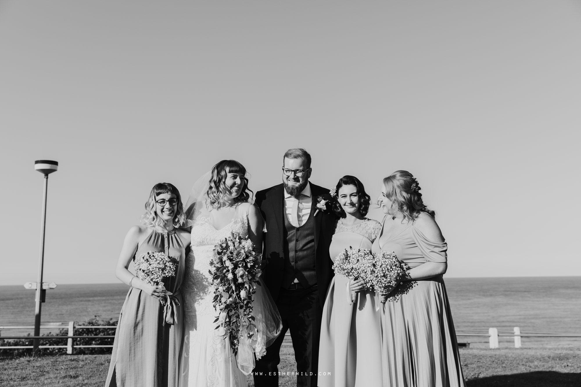 Cromer_Wedding_Beach_Outdoor_Ceremony_Norfolk_North_Lodge_Registry_Office_Rocket_House_Cafe_Cromer_Pier_IMG_4405-2.jpg