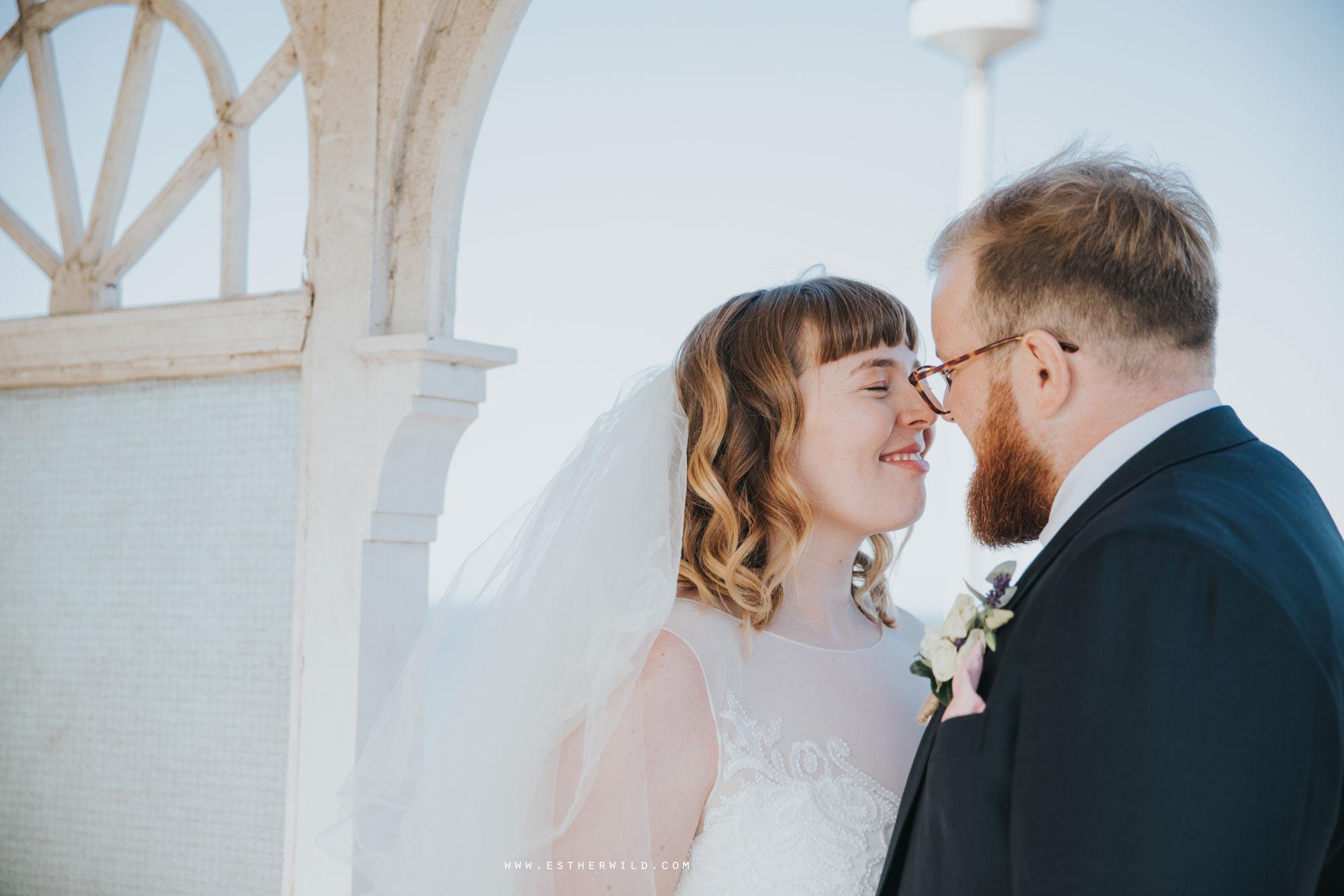 Cromer_Wedding_Beach_Outdoor_Ceremony_Norfolk_North_Lodge_Registry_Office_Rocket_House_Cafe_Cromer_Pier_IMG_4502.jpg