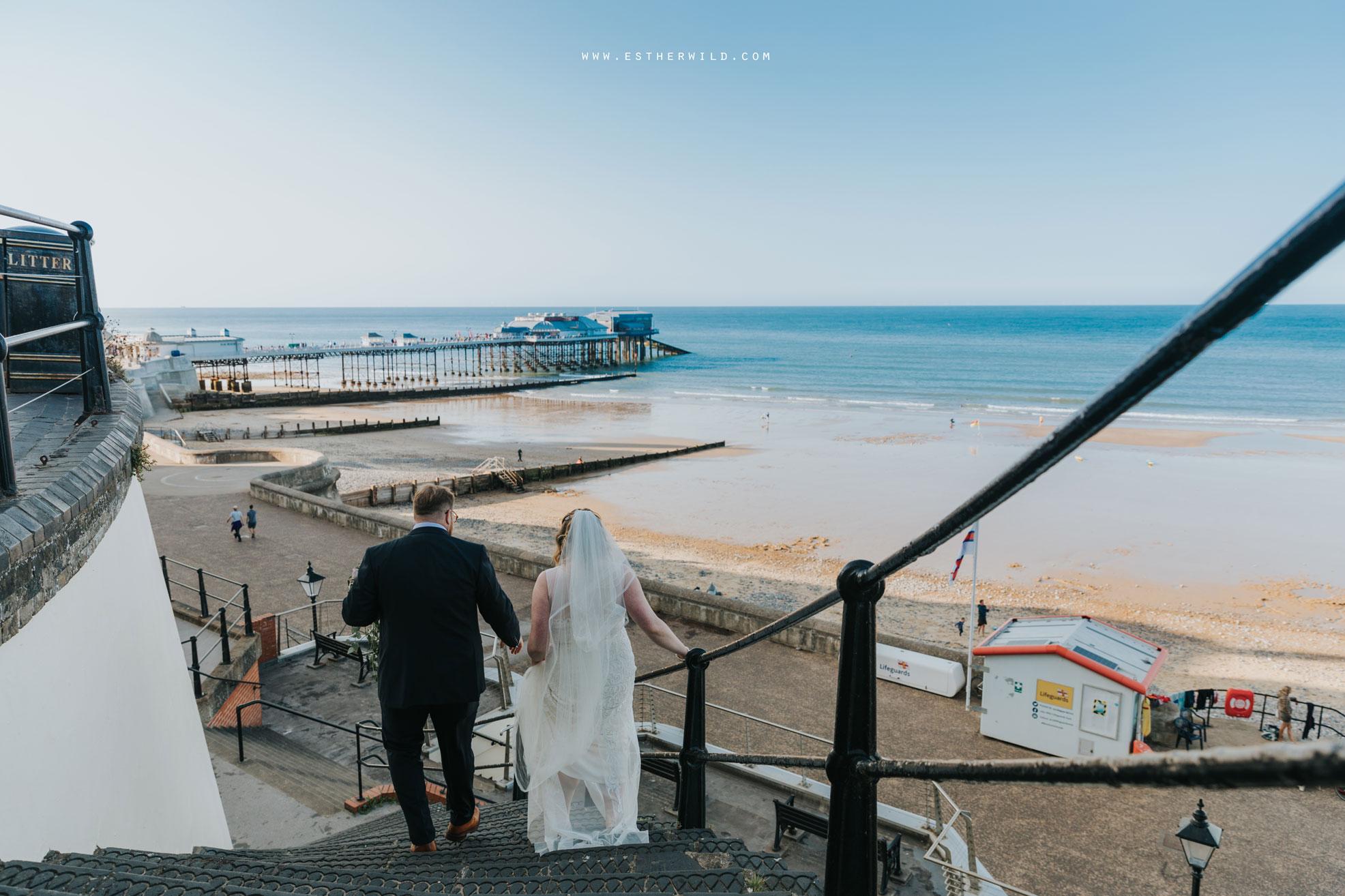 Cromer_Wedding_Beach_Outdoor_Ceremony_Norfolk_North_Lodge_Registry_Office_Rocket_House_Cafe_Cromer_Pier_IMG_4551.jpg