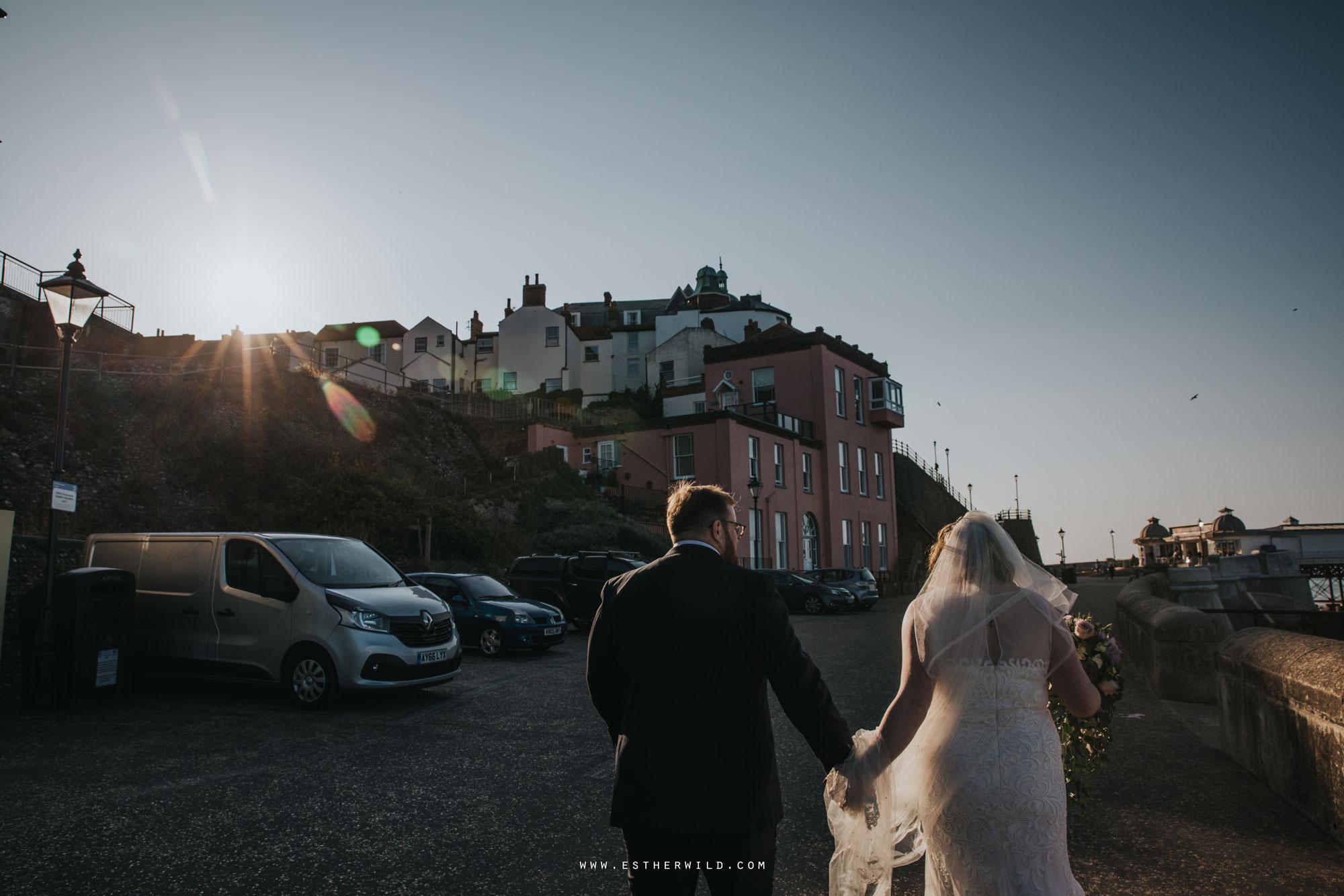 Cromer_Wedding_Beach_Outdoor_Ceremony_Norfolk_North_Lodge_Registry_Office_Rocket_House_Cafe_Cromer_Pier_IMG_4565.jpg