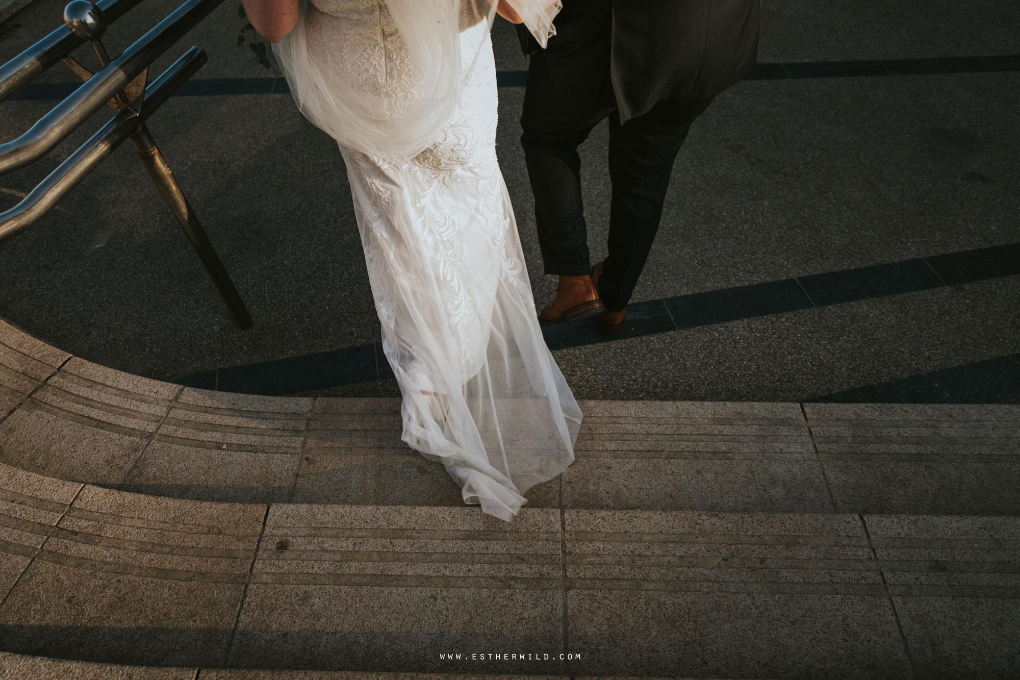 Cromer_Wedding_Beach_Outdoor_Ceremony_Norfolk_North_Lodge_Registry_Office_Rocket_House_Cafe_Cromer_Pier_IMG_4701.jpg