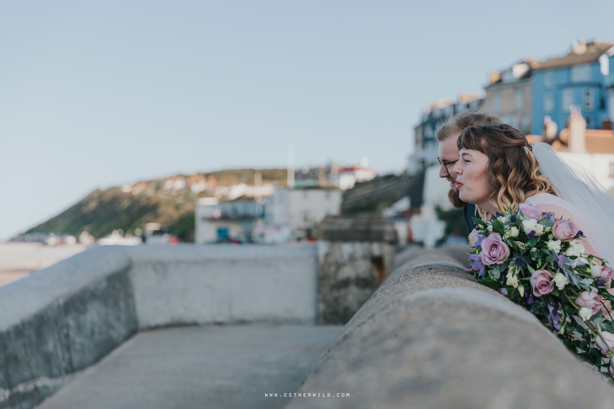 Cromer_Wedding_Beach_Outdoor_Ceremony_Norfolk_North_Lodge_Registry_Office_Rocket_House_Cafe_Cromer_Pier_IMG_4704.jpg