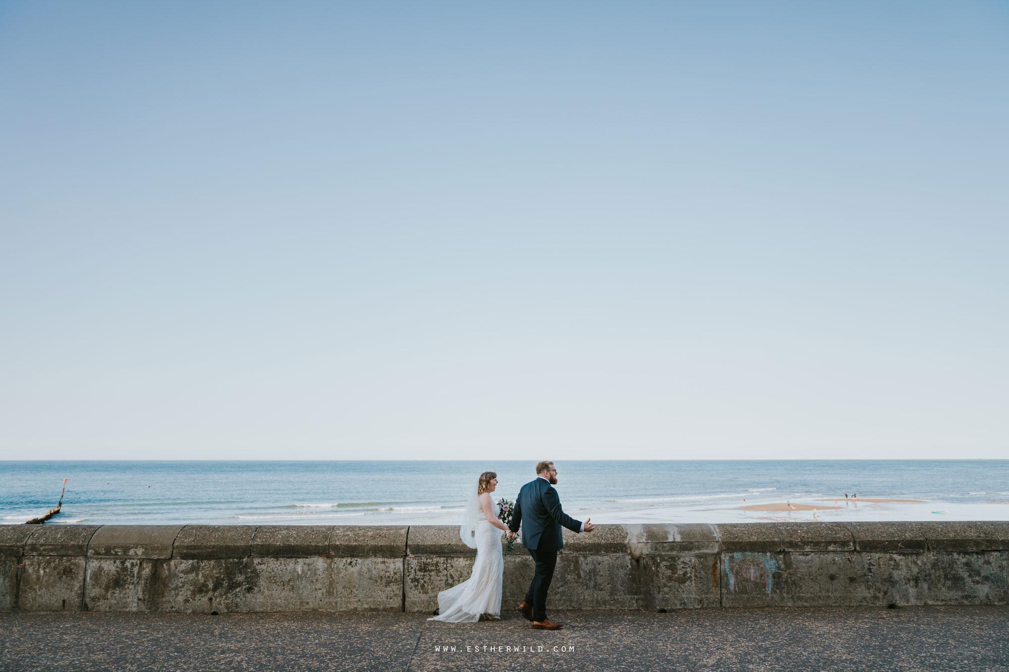 Cromer_Wedding_Beach_Outdoor_Ceremony_Norfolk_North_Lodge_Registry_Office_Rocket_House_Cafe_Cromer_Pier_IMG_4726.jpg