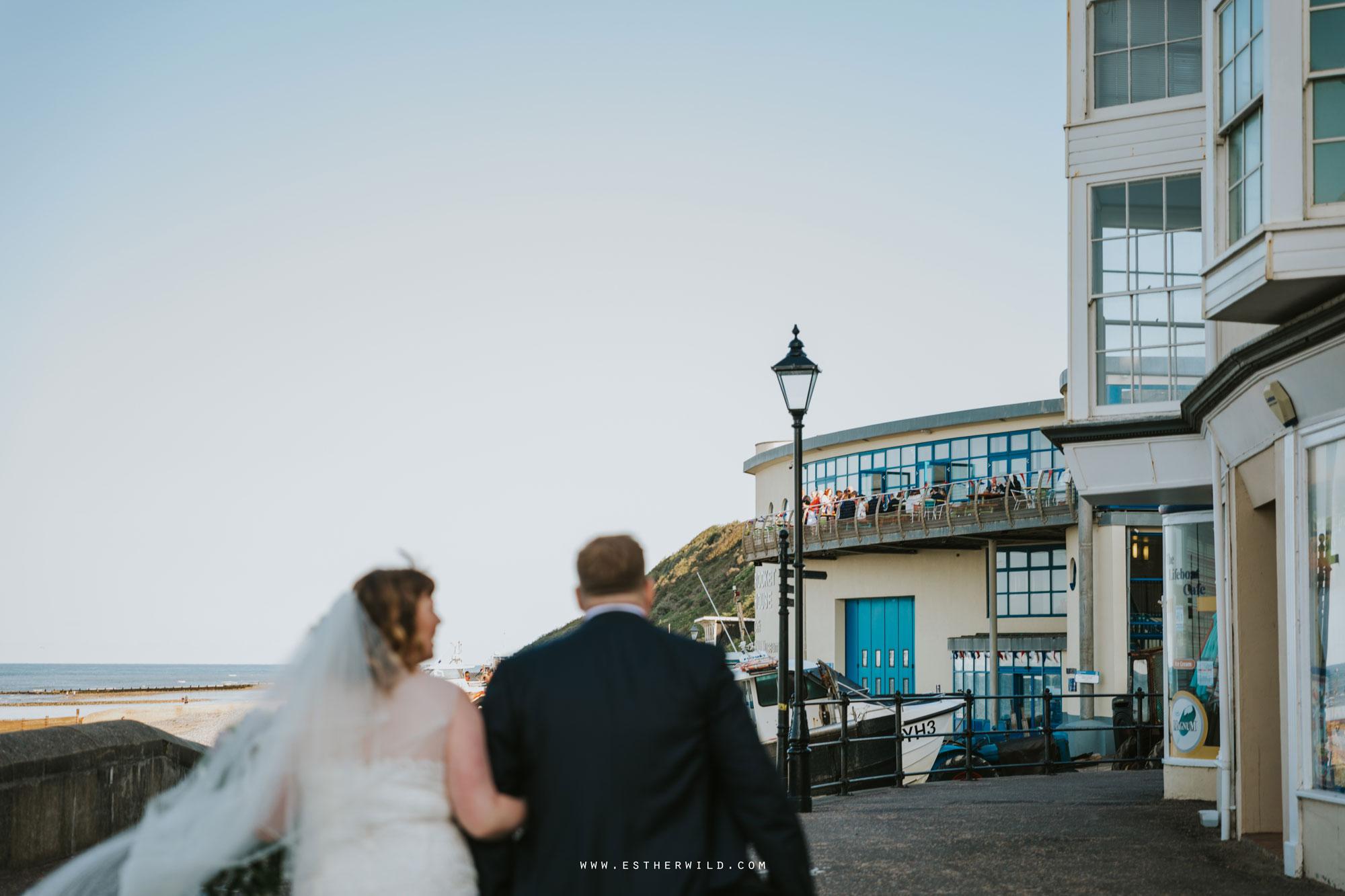 Cromer_Wedding_Beach_Outdoor_Ceremony_Norfolk_North_Lodge_Registry_Office_Rocket_House_Cafe_Cromer_Pier_IMG_4739.jpg