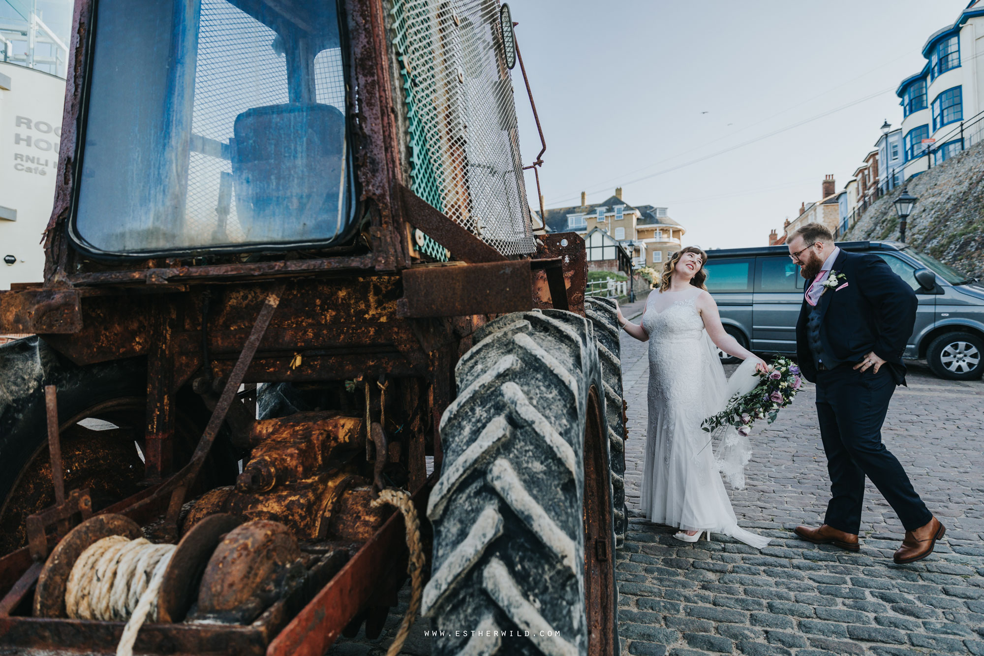 Cromer_Wedding_Beach_Outdoor_Ceremony_Norfolk_North_Lodge_Registry_Office_Rocket_House_Cafe_Cromer_Pier_IMG_4751.jpg