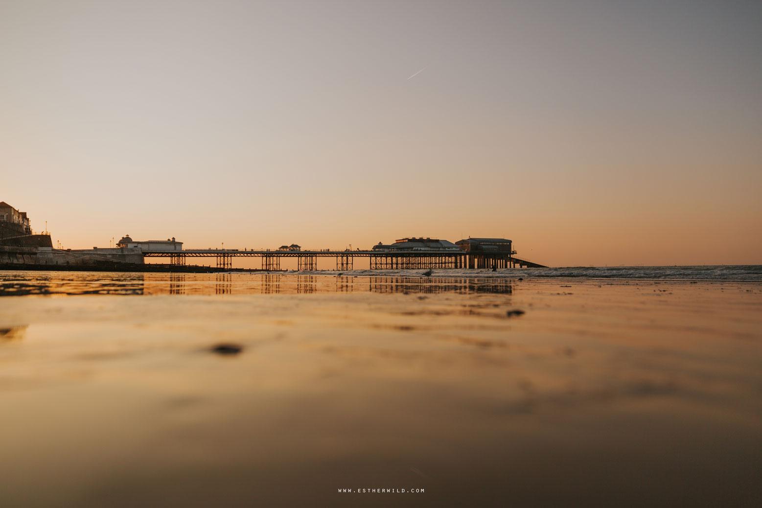 Cromer_Wedding_Beach_Outdoor_Ceremony_Norfolk_North_Lodge_Registry_Office_Rocket_House_Cafe_Cromer_Pier_IMG_4983_IMGL8504.jpg