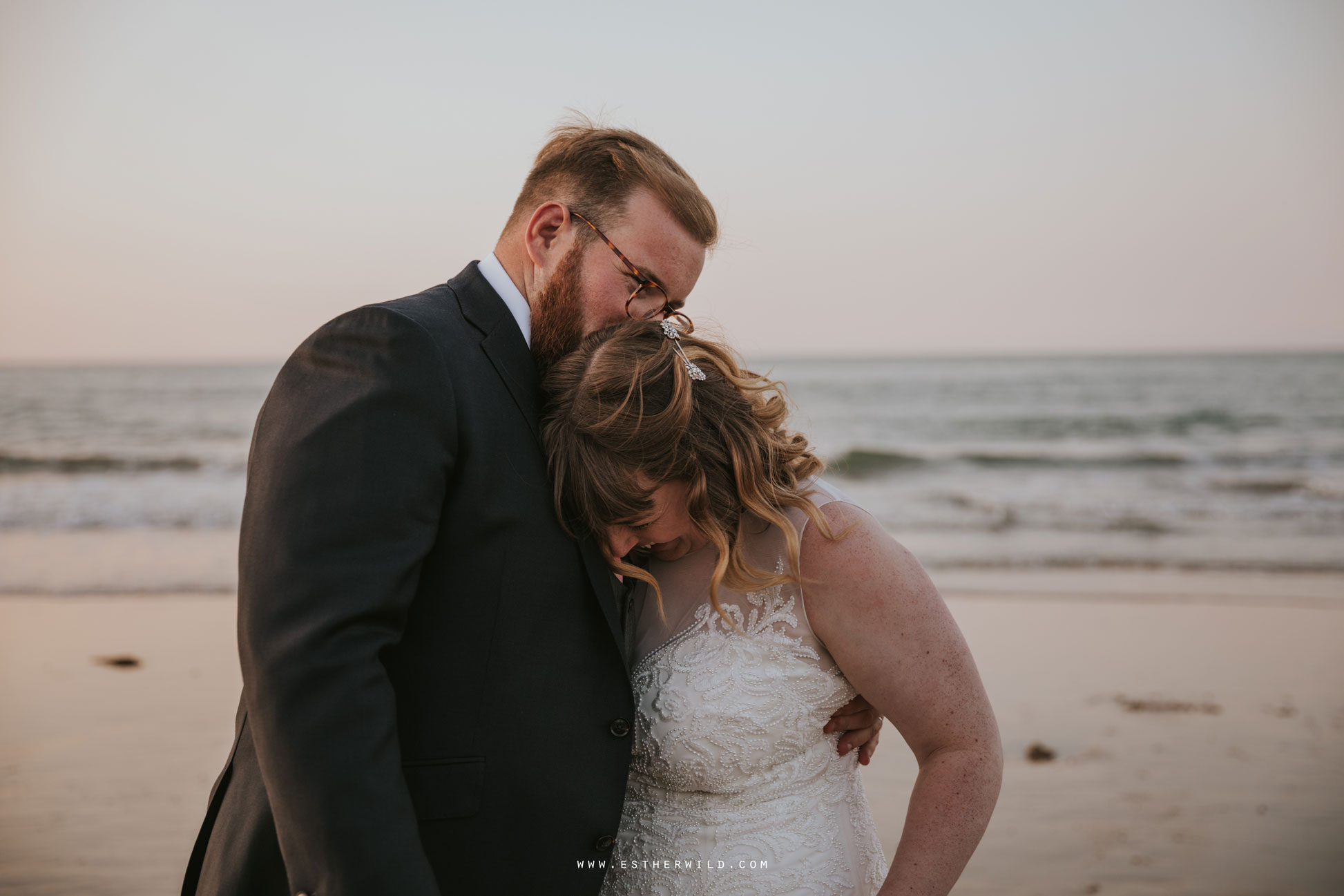 Cromer_Wedding_Beach_Outdoor_Ceremony_Norfolk_North_Lodge_Registry_Office_Rocket_House_Cafe_Cromer_Pier_IMG_5037.jpg