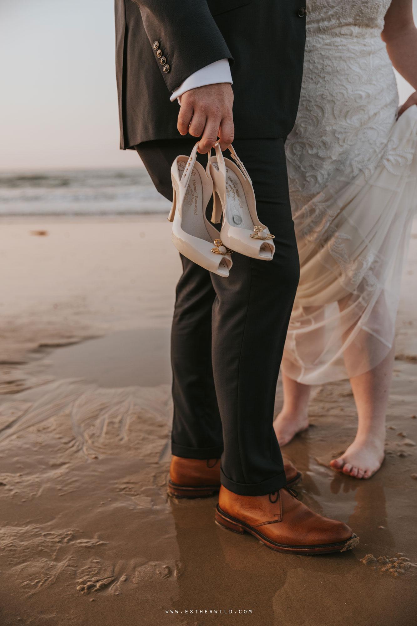 Cromer_Wedding_Beach_Outdoor_Ceremony_Norfolk_North_Lodge_Registry_Office_Rocket_House_Cafe_Cromer_Pier_IMG_5054.jpg