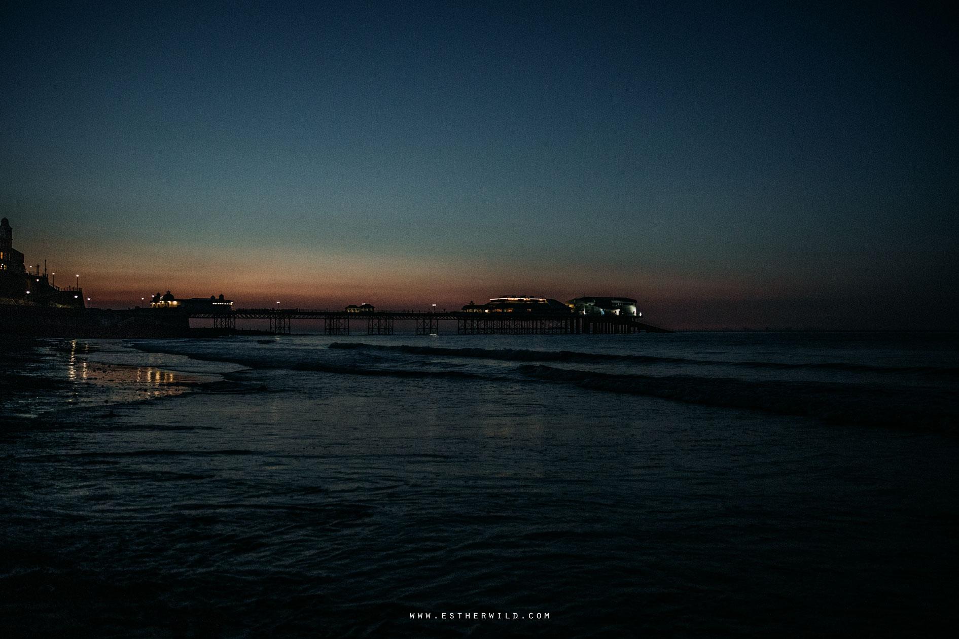 Cromer_Wedding_Beach_Outdoor_Ceremony_Norfolk_North_Lodge_Registry_Office_Rocket_House_Cafe_Cromer_Pier_IMG_5412.jpg