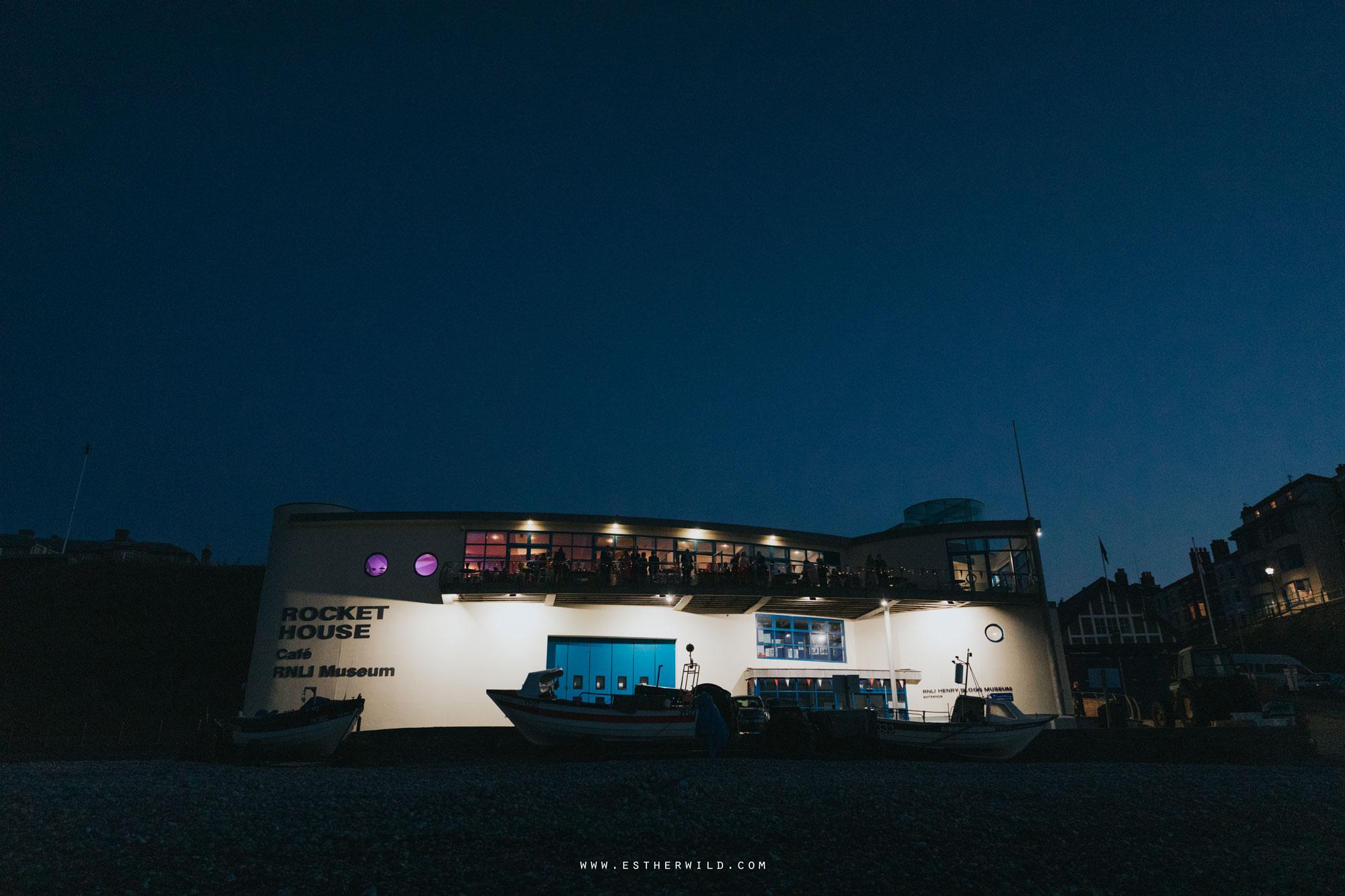 Cromer_Wedding_Beach_Outdoor_Ceremony_Norfolk_North_Lodge_Registry_Office_Rocket_House_Cafe_Cromer_Pier_IMG_5420.jpg