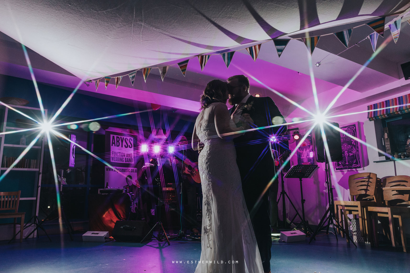 Cromer_Wedding_Beach_Outdoor_Ceremony_Norfolk_North_Lodge_Registry_Office_Rocket_House_Cafe_Cromer_Pier_IMG_5483.jpg