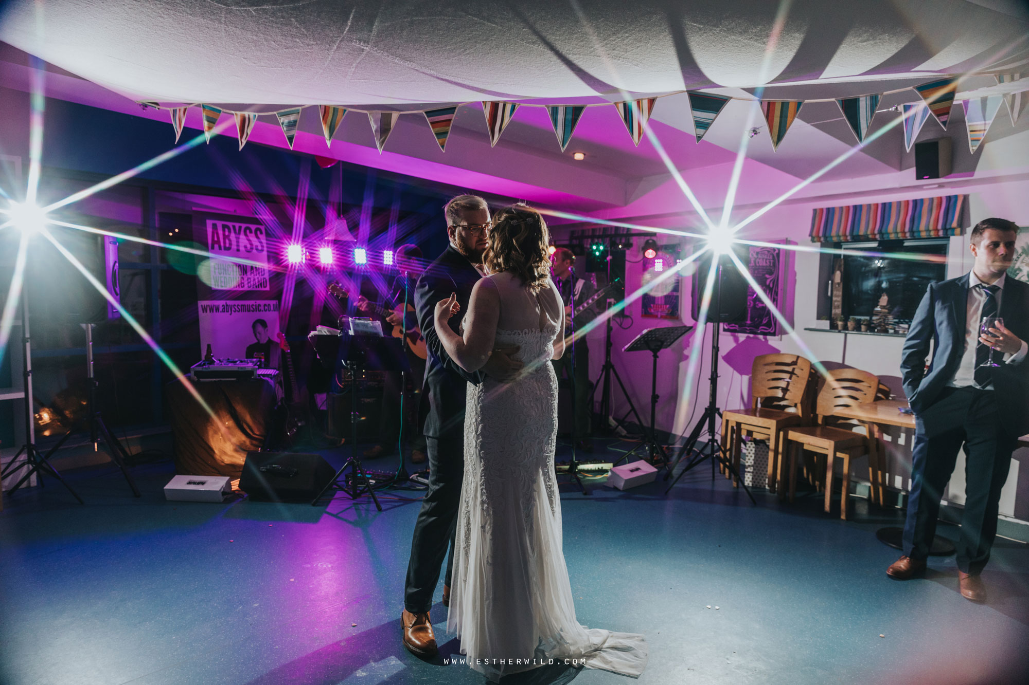 Cromer_Wedding_Beach_Outdoor_Ceremony_Norfolk_North_Lodge_Registry_Office_Rocket_House_Cafe_Cromer_Pier_IMG_5468.jpg