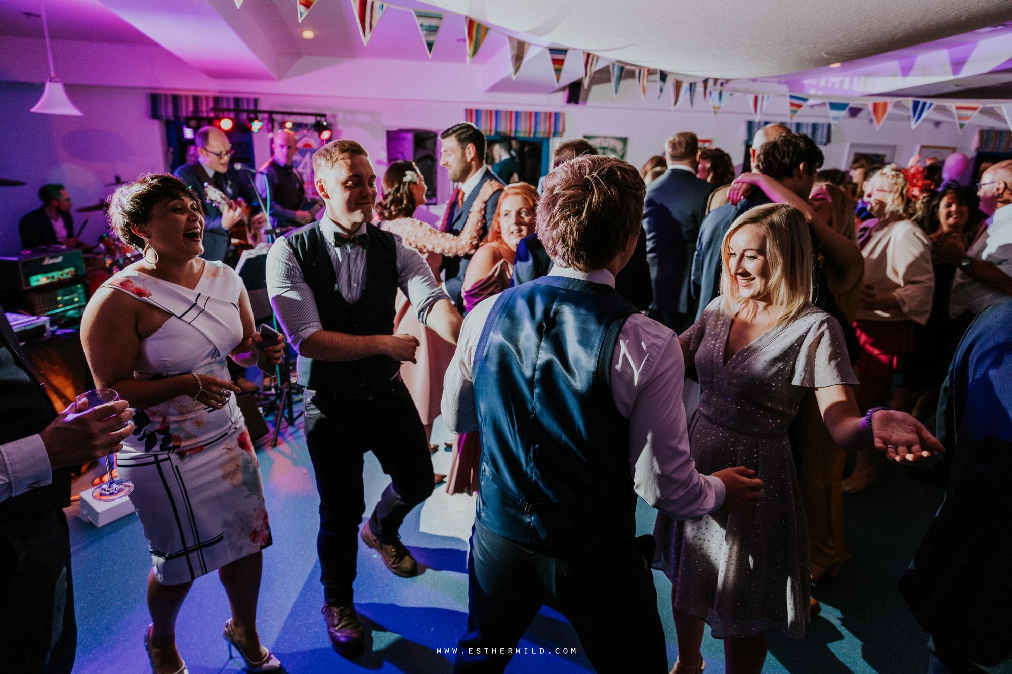 Cromer_Wedding_Beach_Outdoor_Ceremony_Norfolk_North_Lodge_Registry_Office_Rocket_House_Cafe_Cromer_Pier_IMG_5547.jpg
