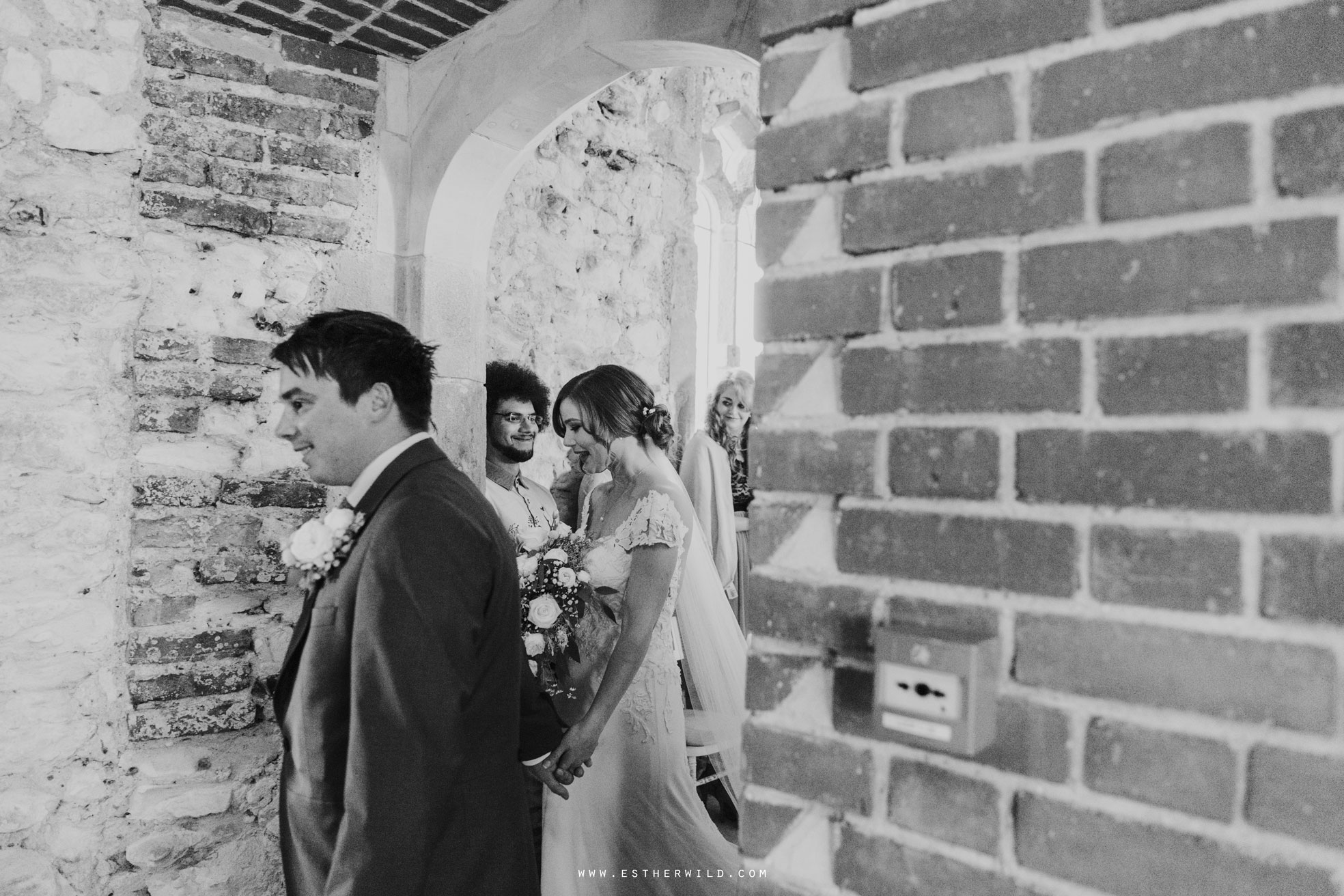 Pentney_Abbey_Wedding_Kings_Lynn_Norfolk_Esther_Wild_Wedding_Photography_IMG_0707-2.jpg