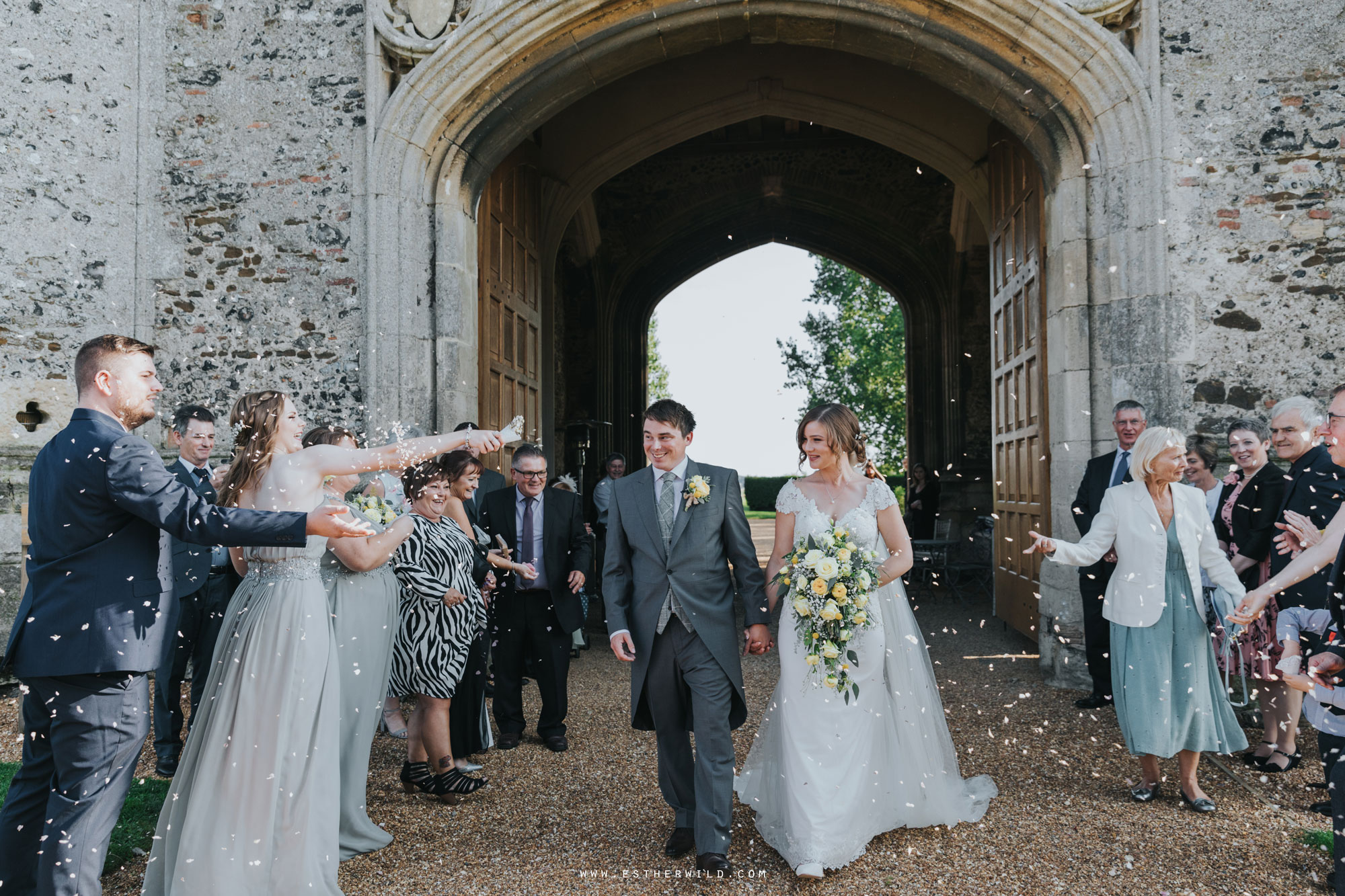 Pentney_Abbey_Wedding_Kings_Lynn_Norfolk_Esther_Wild_Wedding_Photography_IMG_0831.jpg