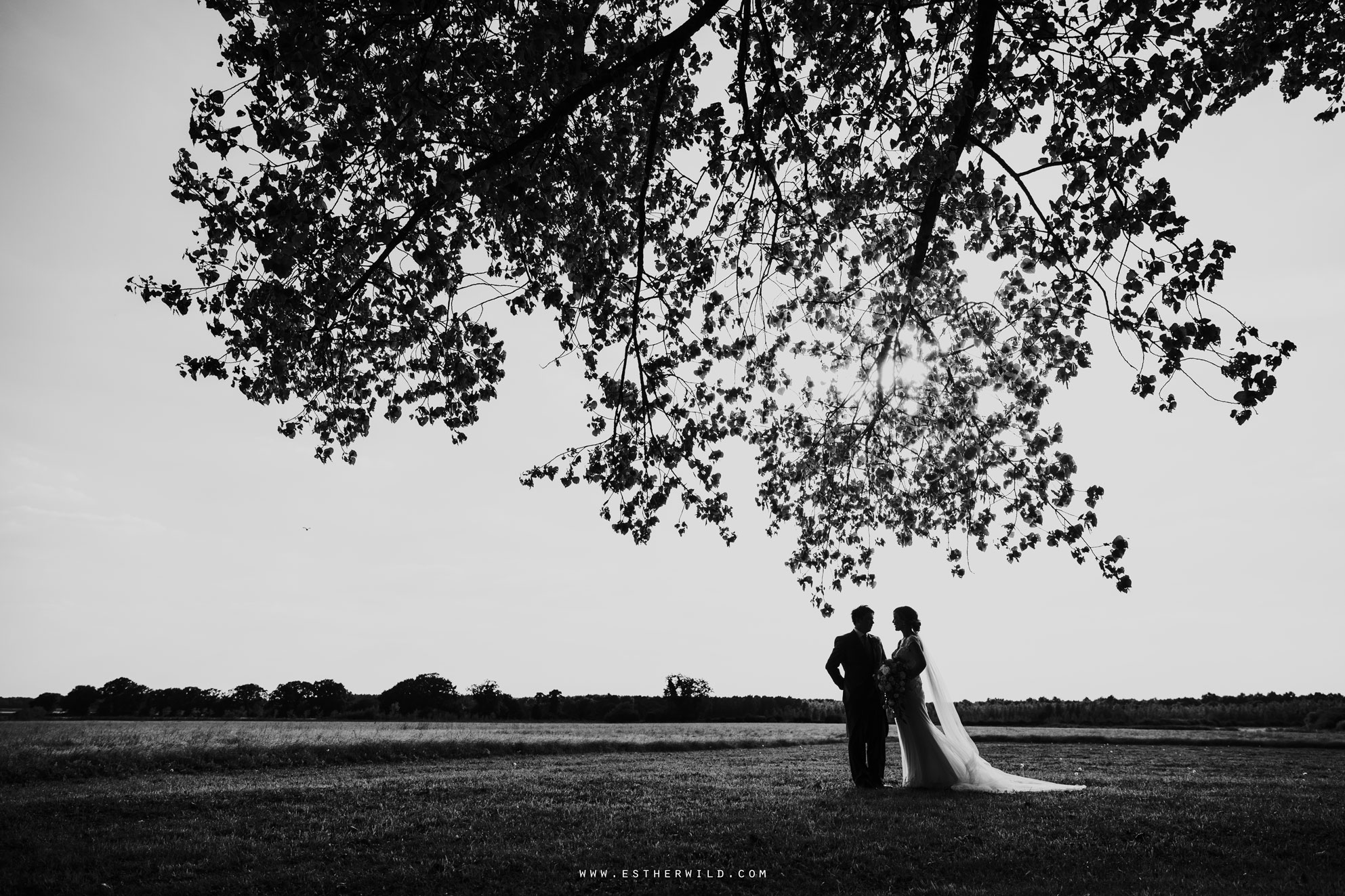 Pentney_Abbey_Wedding_Kings_Lynn_Norfolk_Esther_Wild_Wedding_Photography_IMG_1160-2.jpg