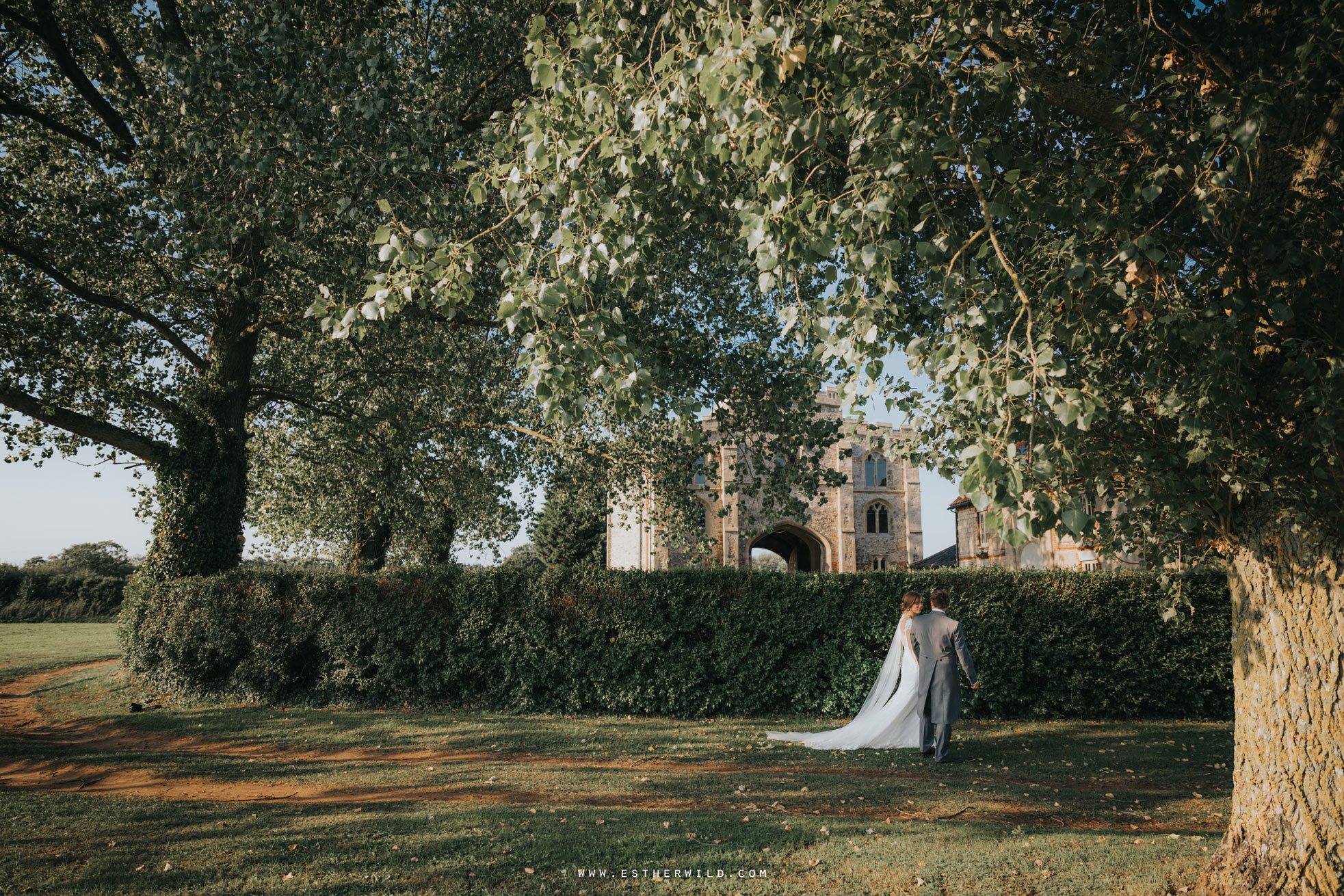 Pentney_Abbey_Wedding_Kings_Lynn_Norfolk_Esther_Wild_Wedding_Photography_IMG_1256.jpg