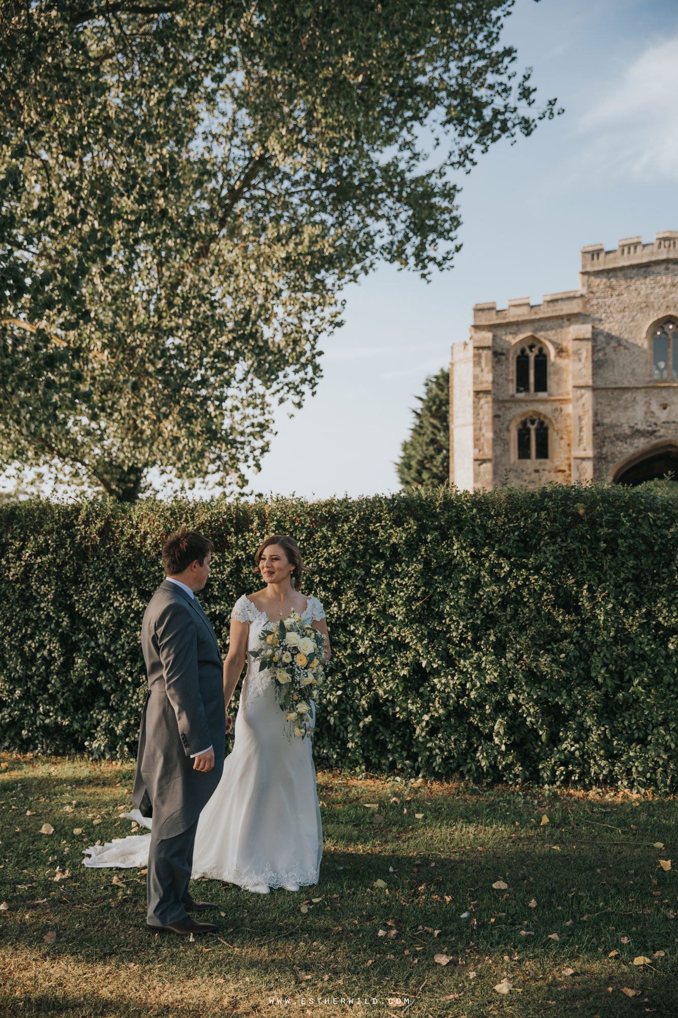 Pentney_Abbey_Wedding_Kings_Lynn_Norfolk_Esther_Wild_Wedding_Photography_IMG_1257.jpg