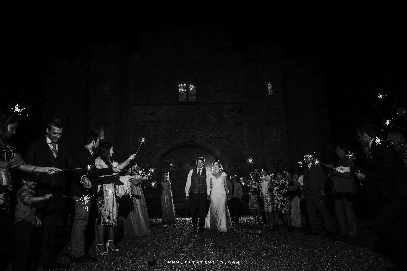 Pentney_Abbey_Wedding_Kings_Lynn_Norfolk_Esther_Wild_Wedding_Photography_IMG_1894-2.jpg