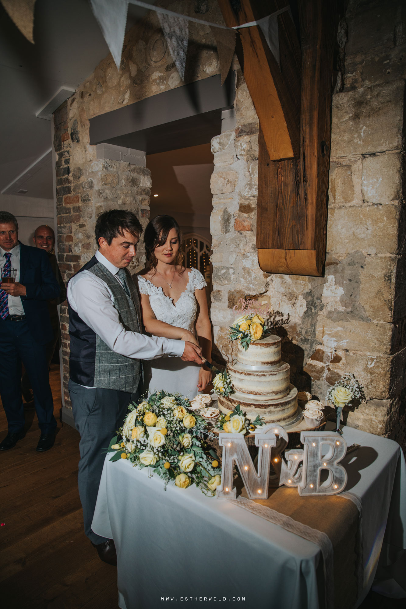 Pentney_Abbey_Wedding_Kings_Lynn_Norfolk_Esther_Wild_Wedding_Photography_IMG_2070.jpg