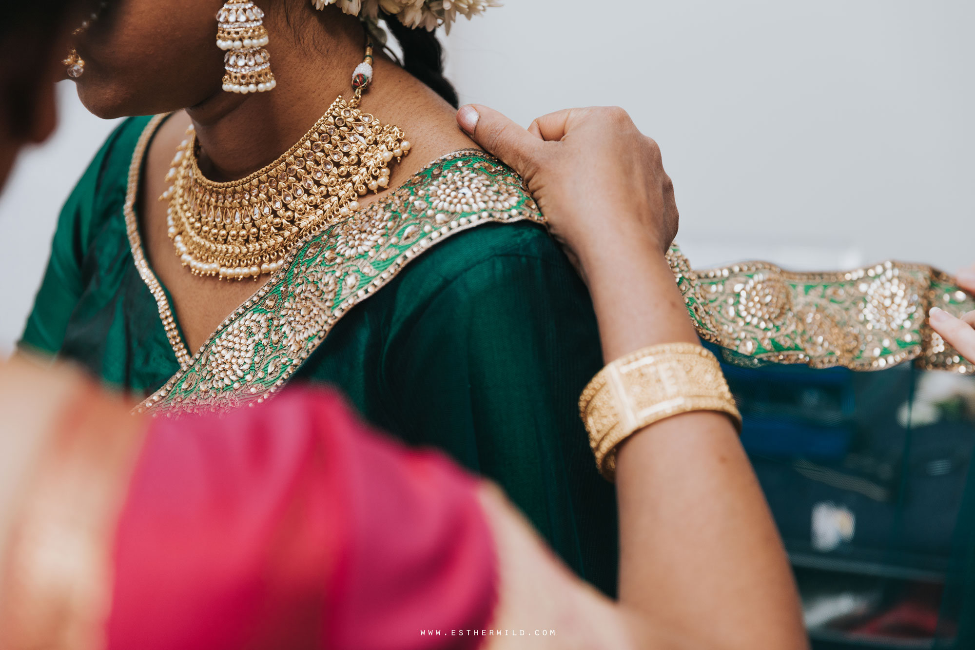 Northbrook_Park_Farnham_Surrey_London_Wedding_Hindu_Fusion_Esther_Wild_Photographer_IMG_3019.jpg