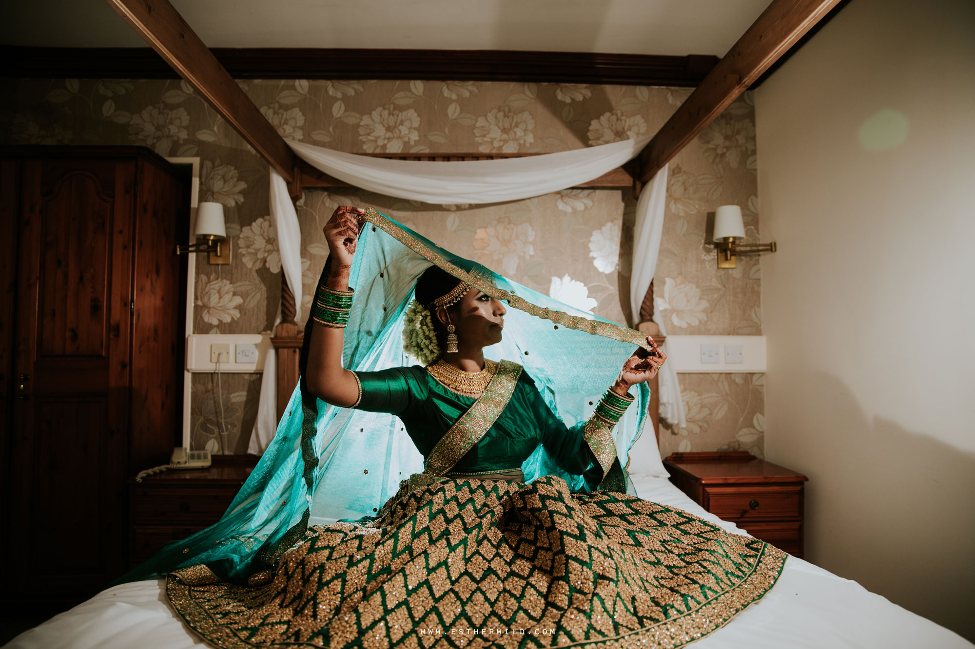 Northbrook_Park_Farnham_Surrey_London_Wedding_Hindu_Fusion_Esther_Wild_Photographer_IMG_3063.jpg