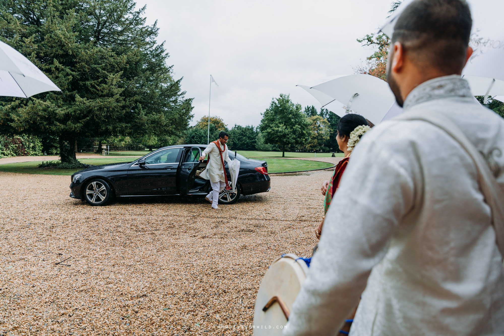 Northbrook_Park_Farnham_Surrey_London_Wedding_Hindu_Fusion_Esther_Wild_Photographer_IMG_3317.jpg