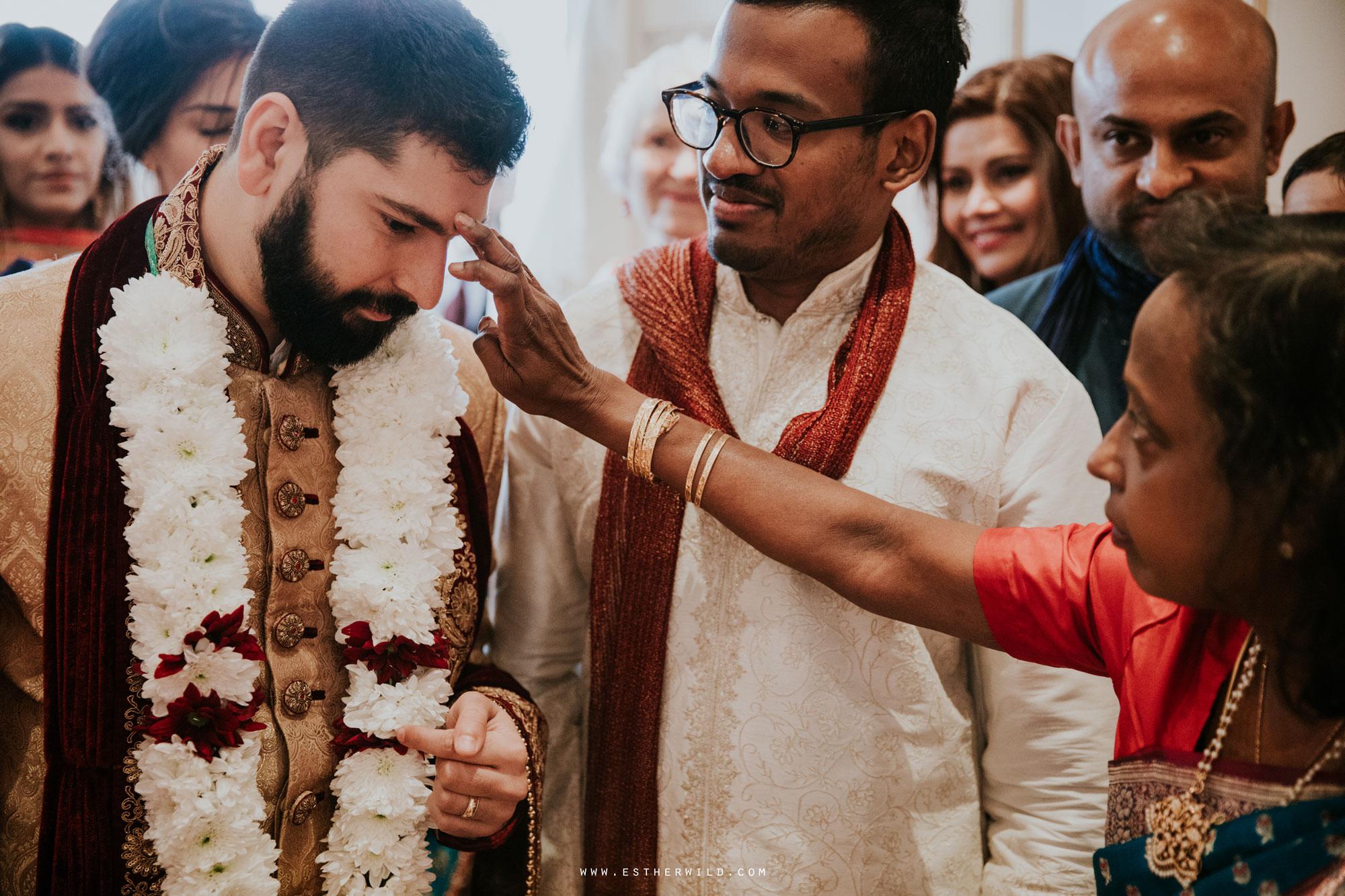 Northbrook_Park_Farnham_Surrey_London_Wedding_Hindu_Fusion_Esther_Wild_Photographer_IMG_3448.jpg