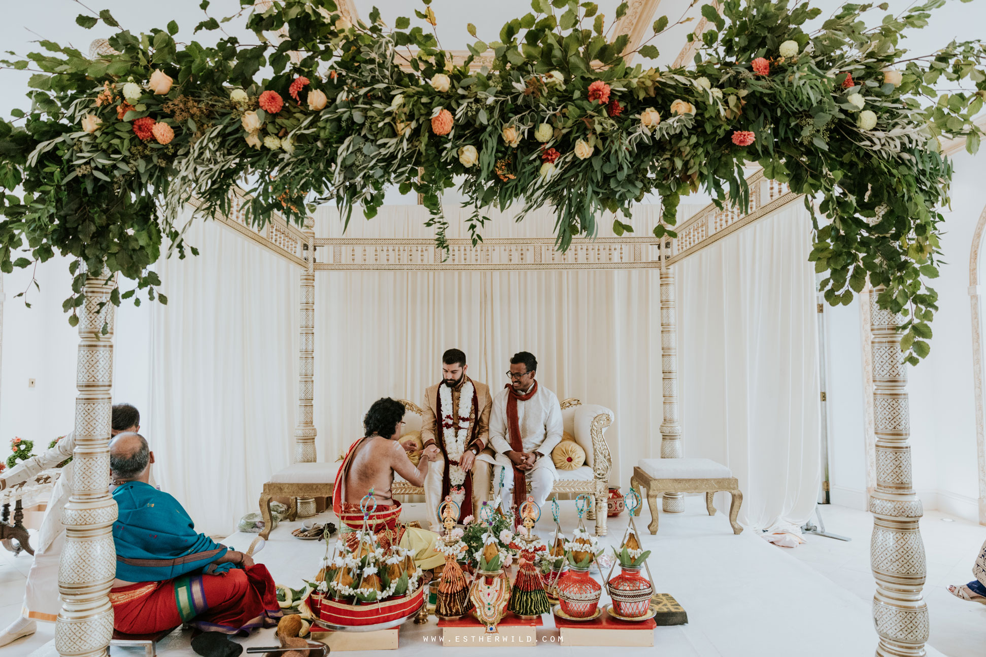 Northbrook_Park_Farnham_Surrey_London_Wedding_Hindu_Fusion_Esther_Wild_Photographer_IMG_3511.jpg