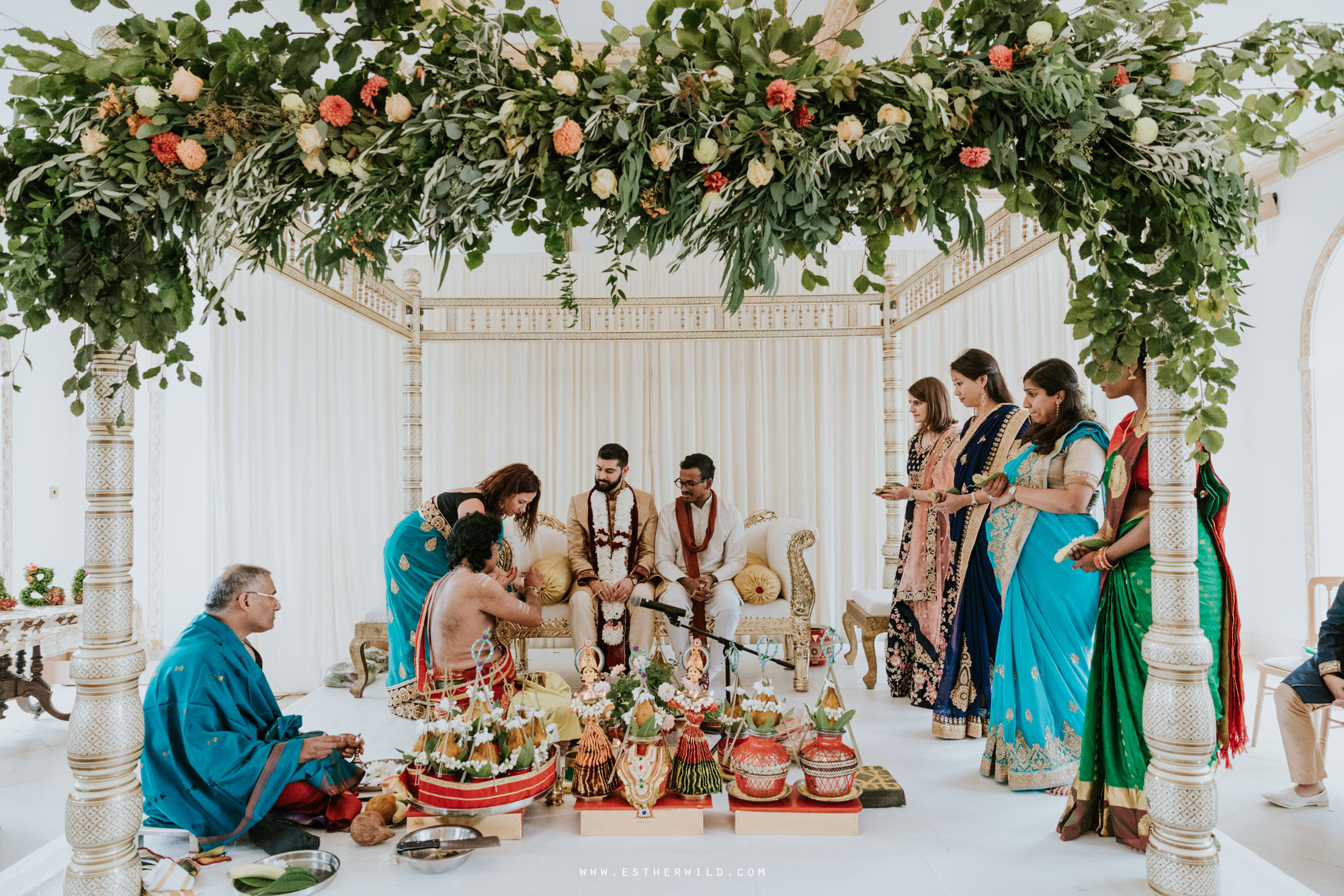 Northbrook_Park_Farnham_Surrey_London_Wedding_Hindu_Fusion_Esther_Wild_Photographer_IMG_3771.jpg