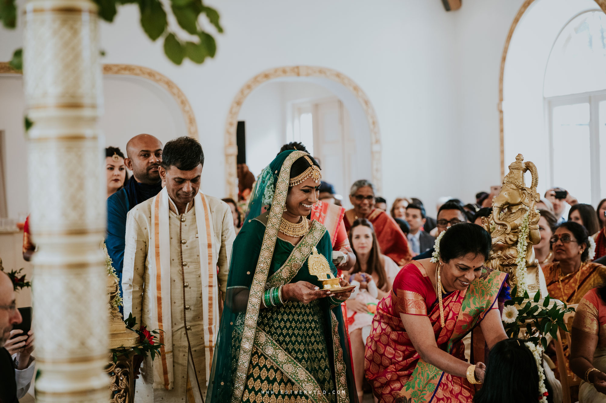 Northbrook_Park_Farnham_Surrey_London_Wedding_Hindu_Fusion_Esther_Wild_Photographer_IMG_3824.jpg