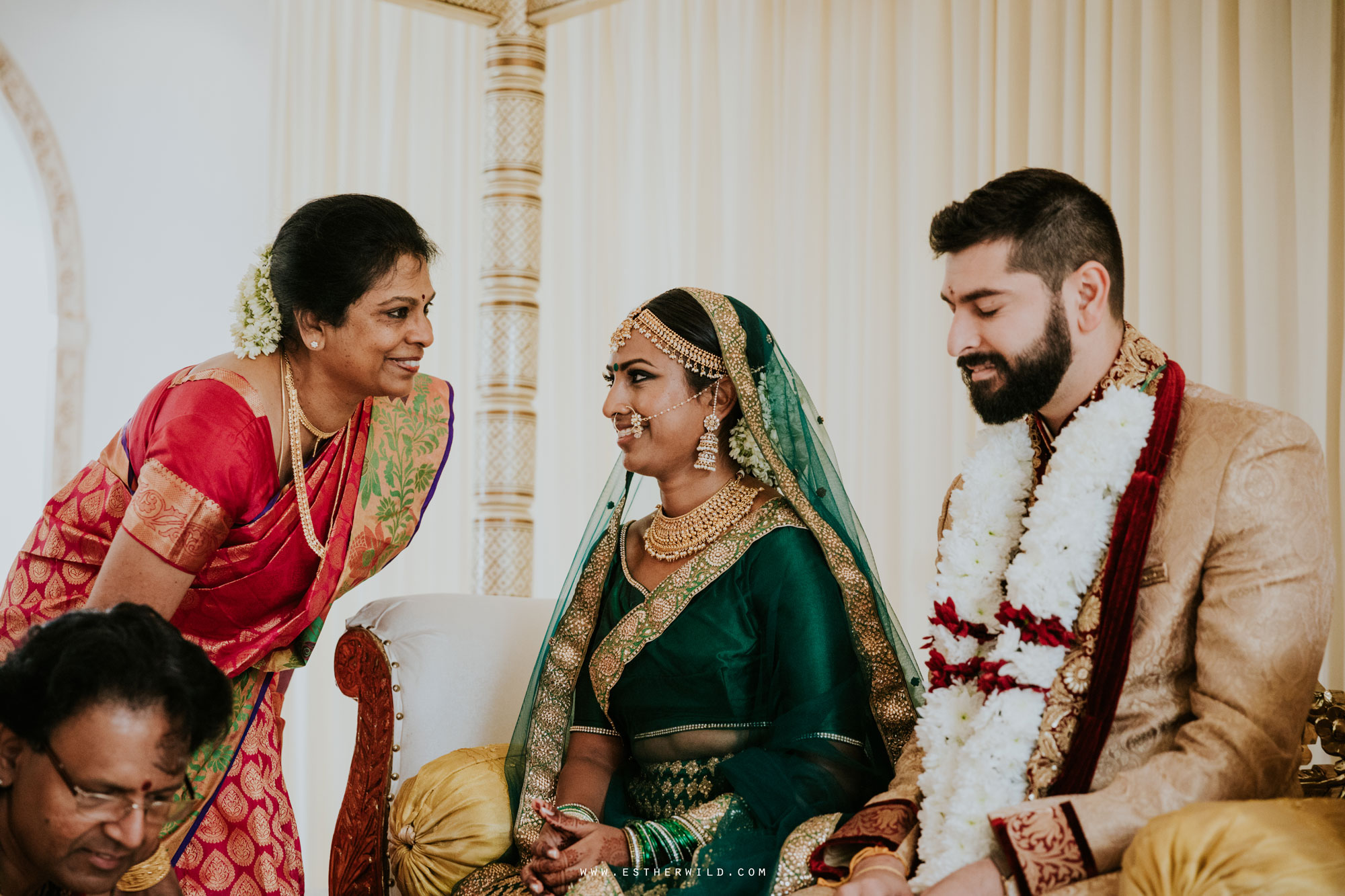 Northbrook_Park_Farnham_Surrey_London_Wedding_Hindu_Fusion_Esther_Wild_Photographer_IMG_3847.jpg