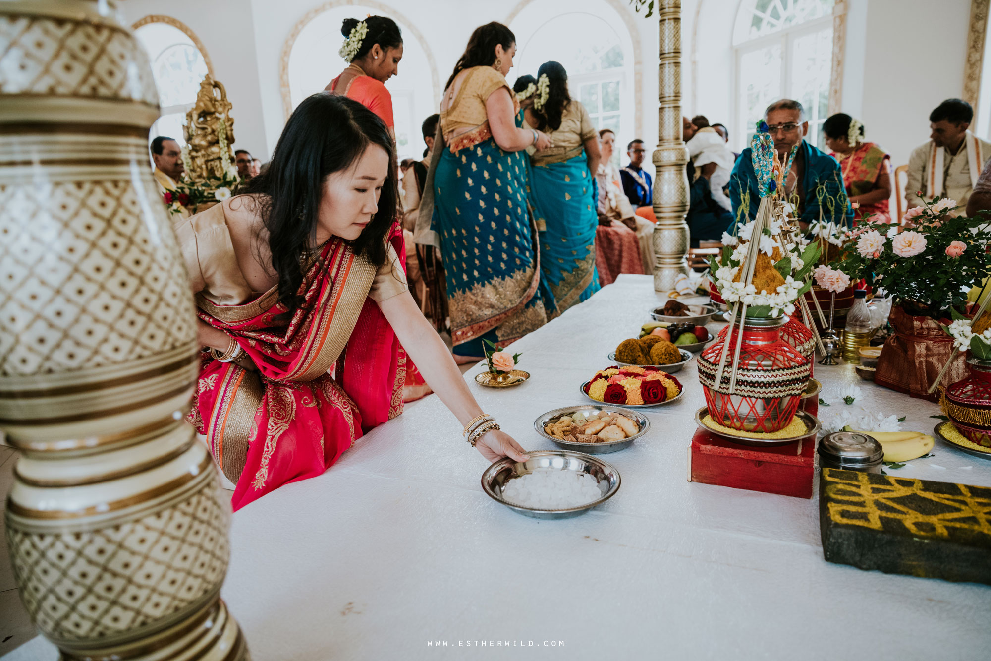 Northbrook_Park_Farnham_Surrey_London_Wedding_Hindu_Fusion_Esther_Wild_Photographer_IMG_3868.jpg