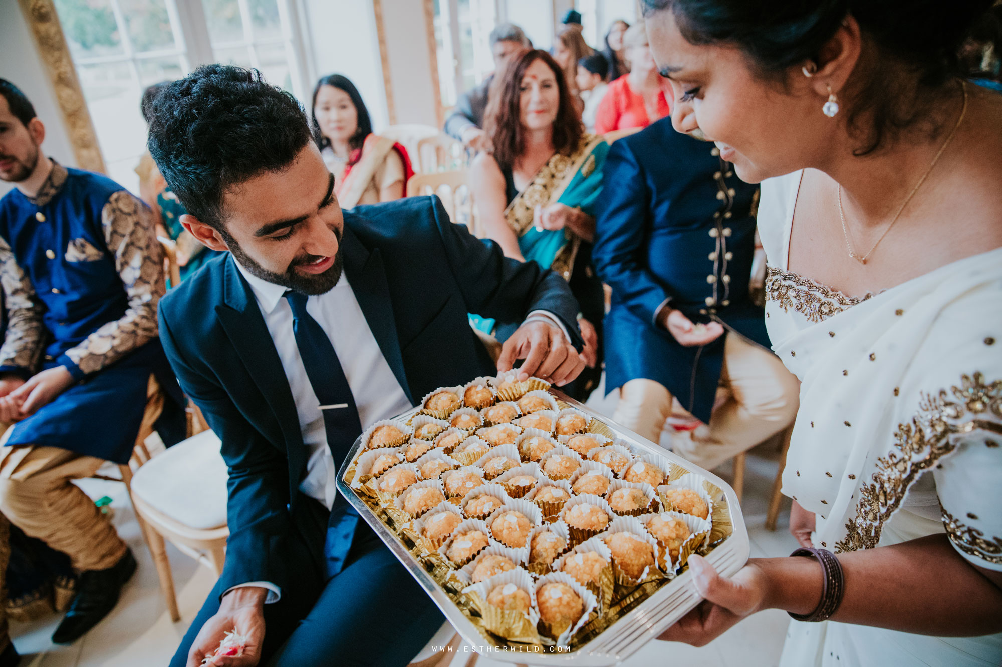 Northbrook_Park_Farnham_Surrey_London_Wedding_Hindu_Fusion_Esther_Wild_Photographer_IMG_4416.jpg