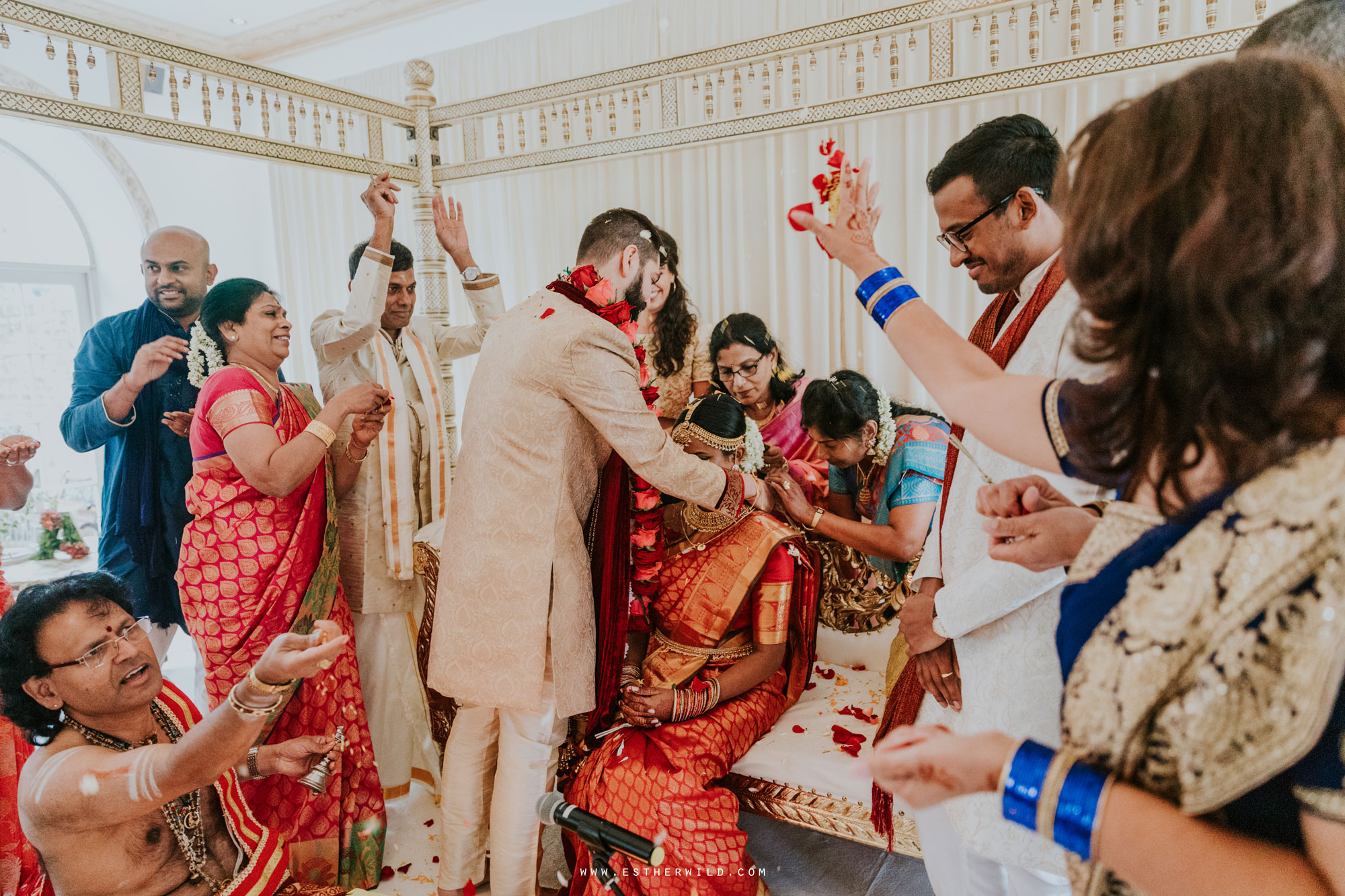 Northbrook_Park_Farnham_Surrey_London_Wedding_Hindu_Fusion_Esther_Wild_Photographer_IMG_4509.jpg