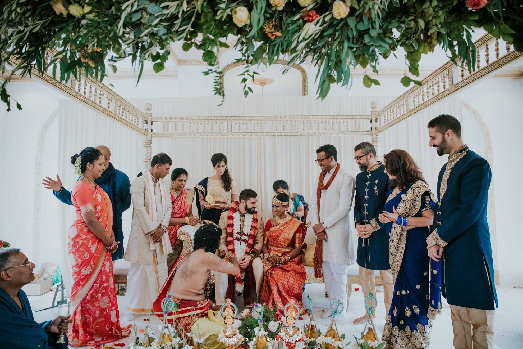 Northbrook_Park_Farnham_Surrey_London_Wedding_Hindu_Fusion_Esther_Wild_Photographer_IMG_4573.jpg