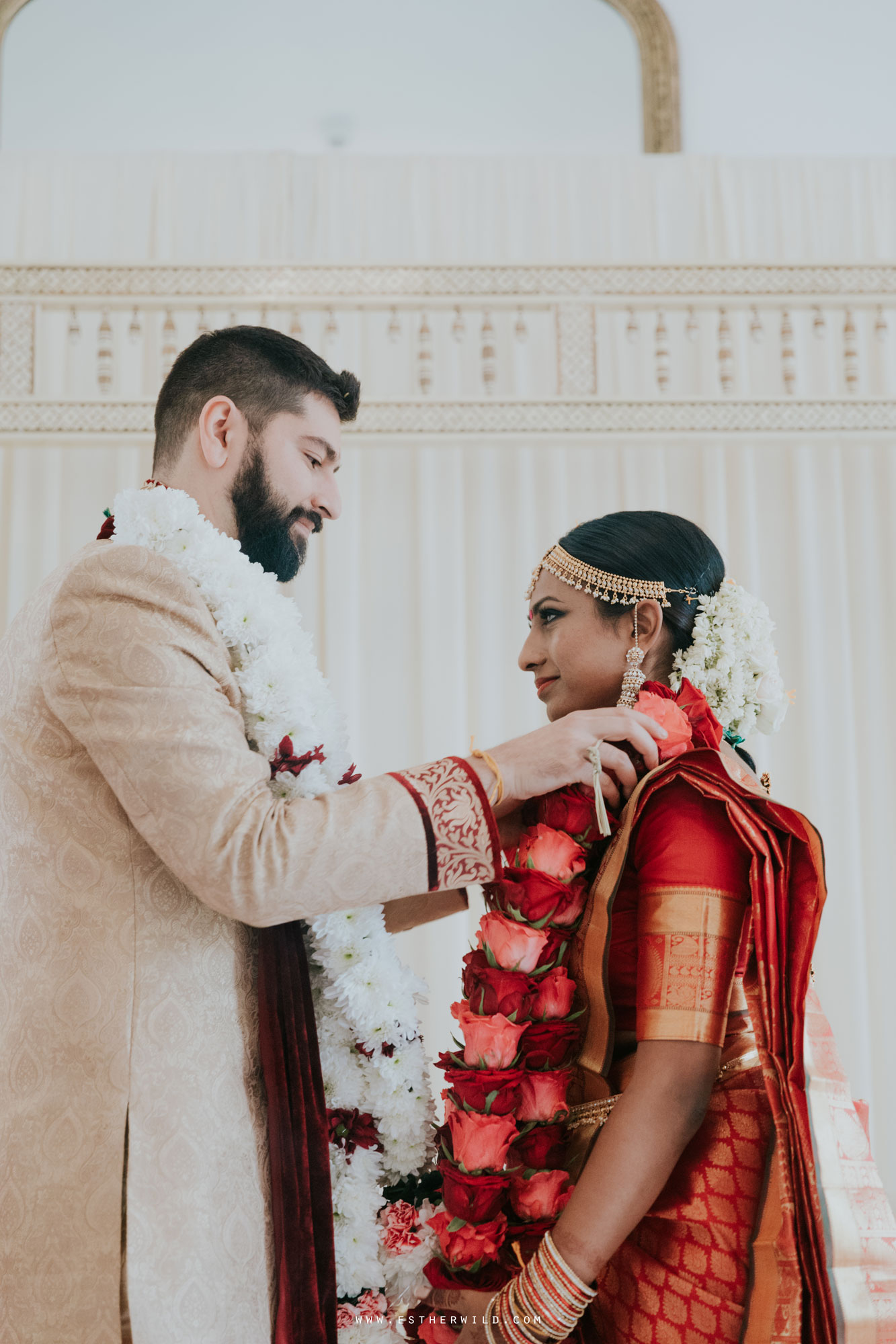 Northbrook_Park_Farnham_Surrey_London_Wedding_Hindu_Fusion_Esther_Wild_Photographer_IMG_4670.jpg