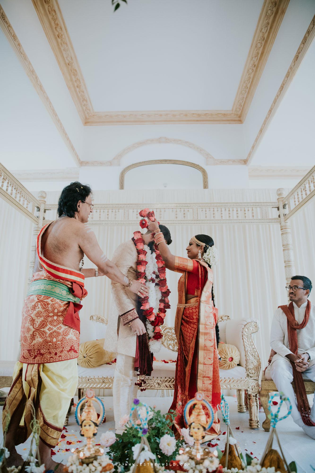 Northbrook_Park_Farnham_Surrey_London_Wedding_Hindu_Fusion_Esther_Wild_Photographer_IMG_4637.jpg