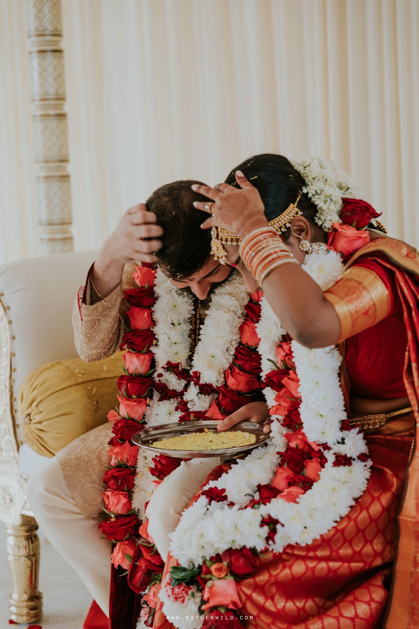Northbrook_Park_Farnham_Surrey_London_Wedding_Hindu_Fusion_Esther_Wild_Photographer_IMG_5246.jpg