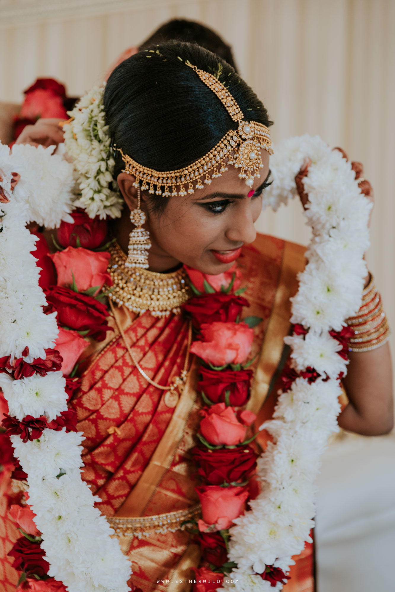 Northbrook_Park_Farnham_Surrey_London_Wedding_Hindu_Fusion_Esther_Wild_Photographer_IMG_5250.jpg